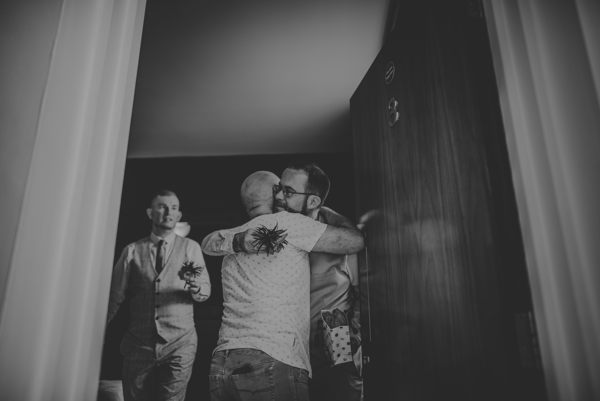 Barry-and-Chaz-wedding-Wasing-Park-Berkshire-Manu-Mendoza-Wedding-Photography-109.jpg