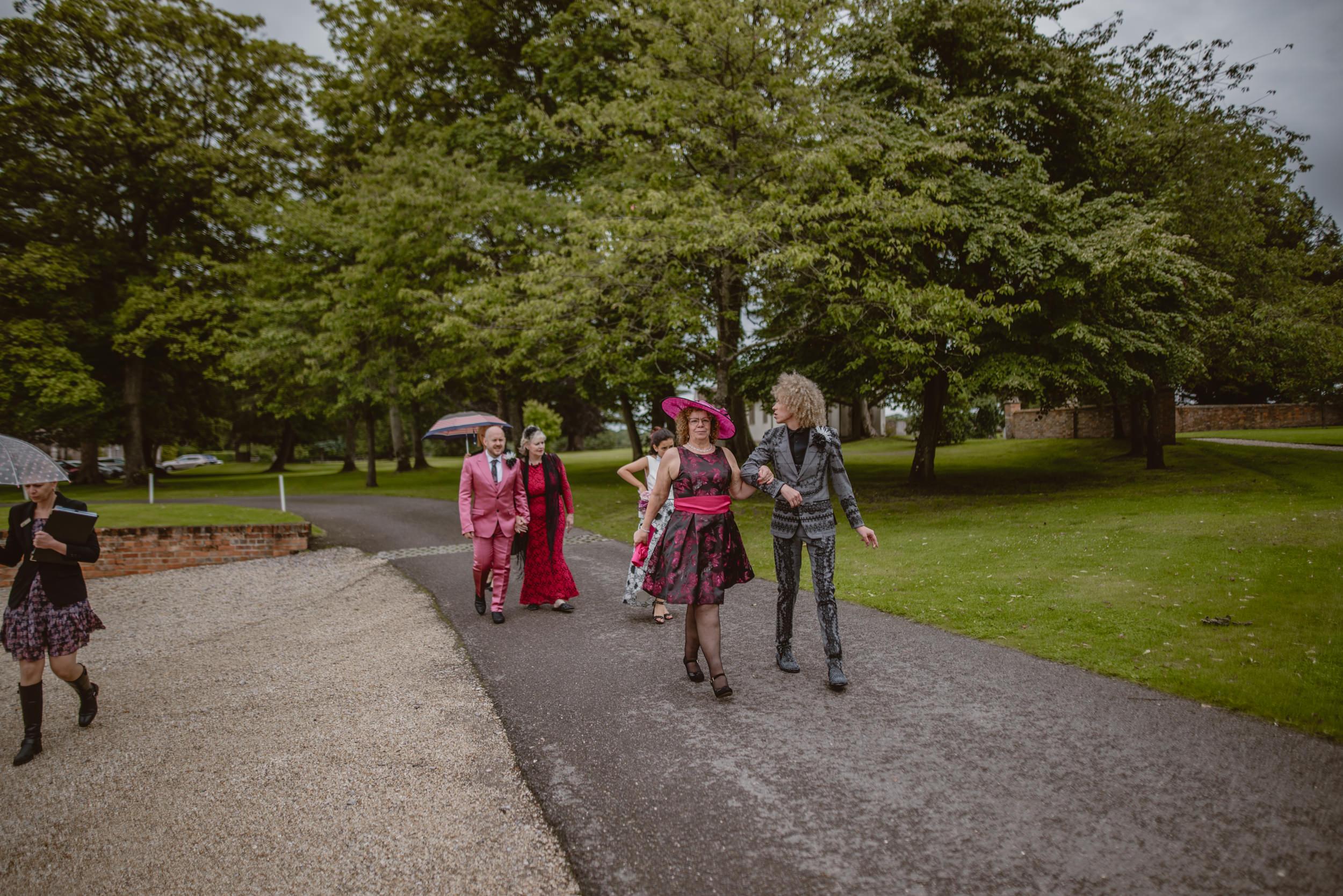 Barry-and-Chaz-wedding-Wasing-Park-Berkshire-Manu-Mendoza-Wedding-Photography-156.jpg