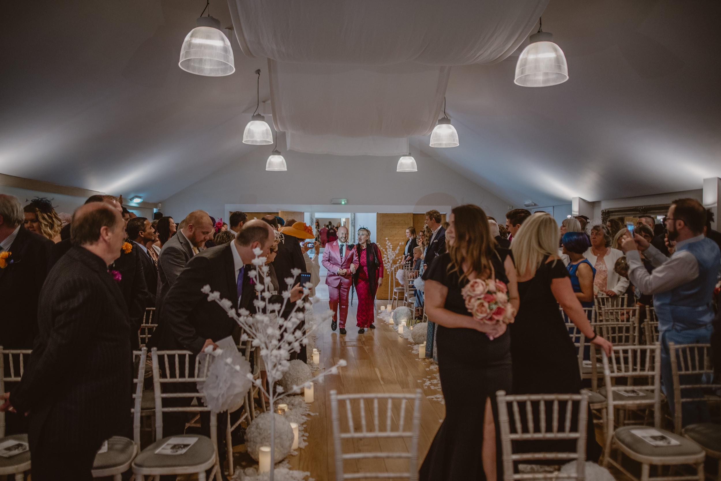 Barry-and-Chaz-wedding-Wasing-Park-Berkshire-Manu-Mendoza-Wedding-Photography-168.jpg