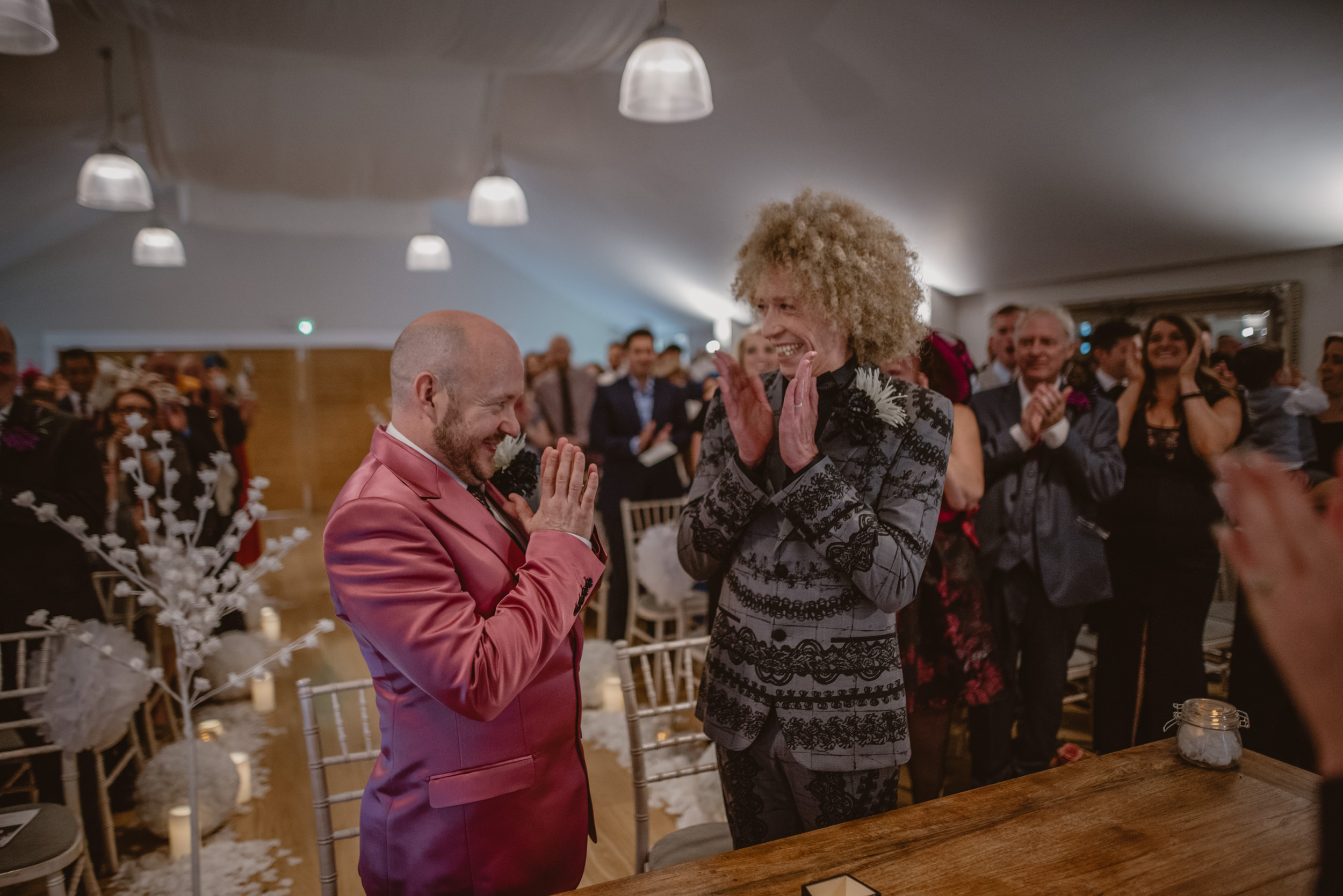 Barry-and-Chaz-wedding-Wasing-Park-Berkshire-Manu-Mendoza-Wedding-Photography-196.jpg