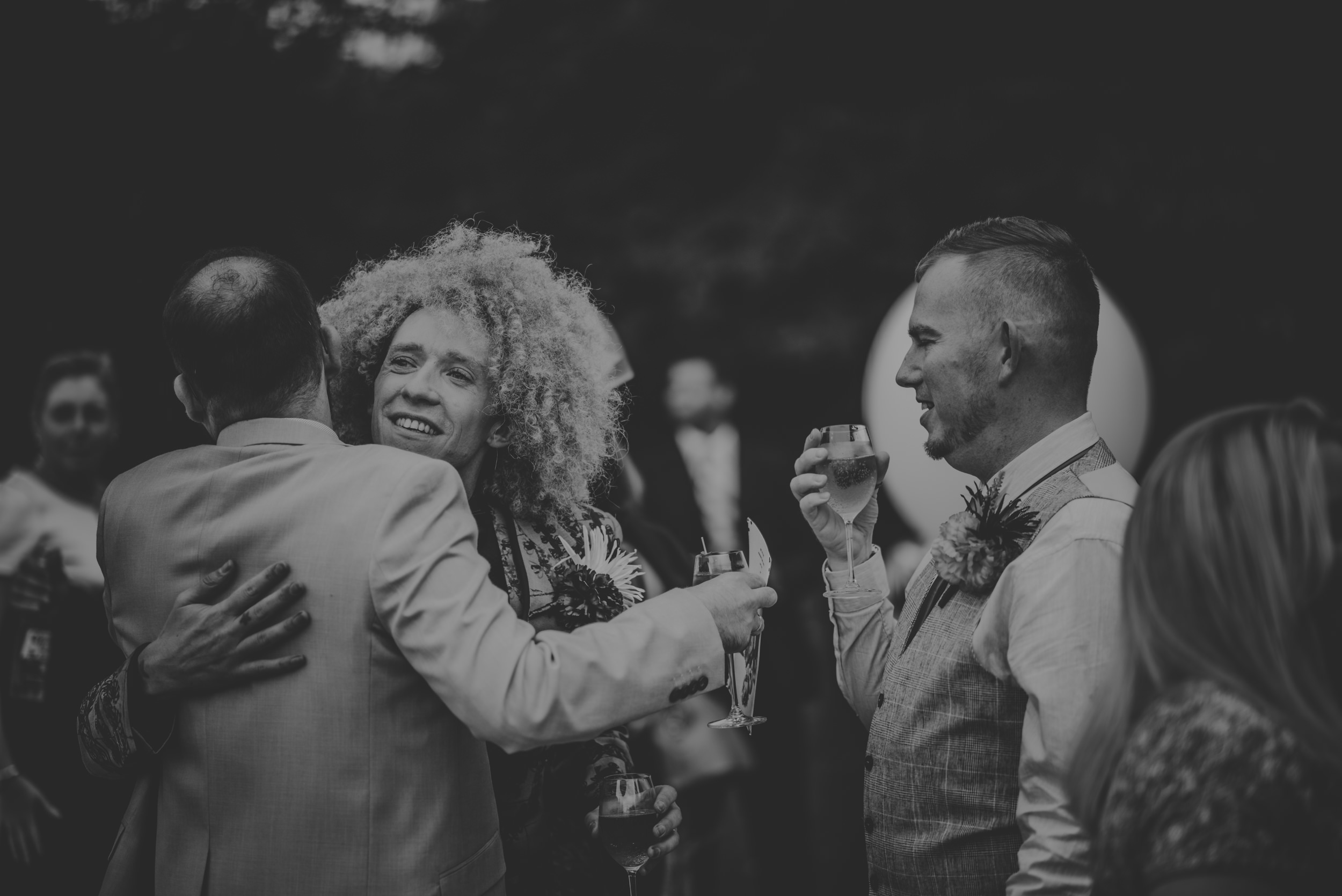 Barry-and-Chaz-wedding-Wasing-Park-Berkshire-Manu-Mendoza-Wedding-Photography-227.jpg