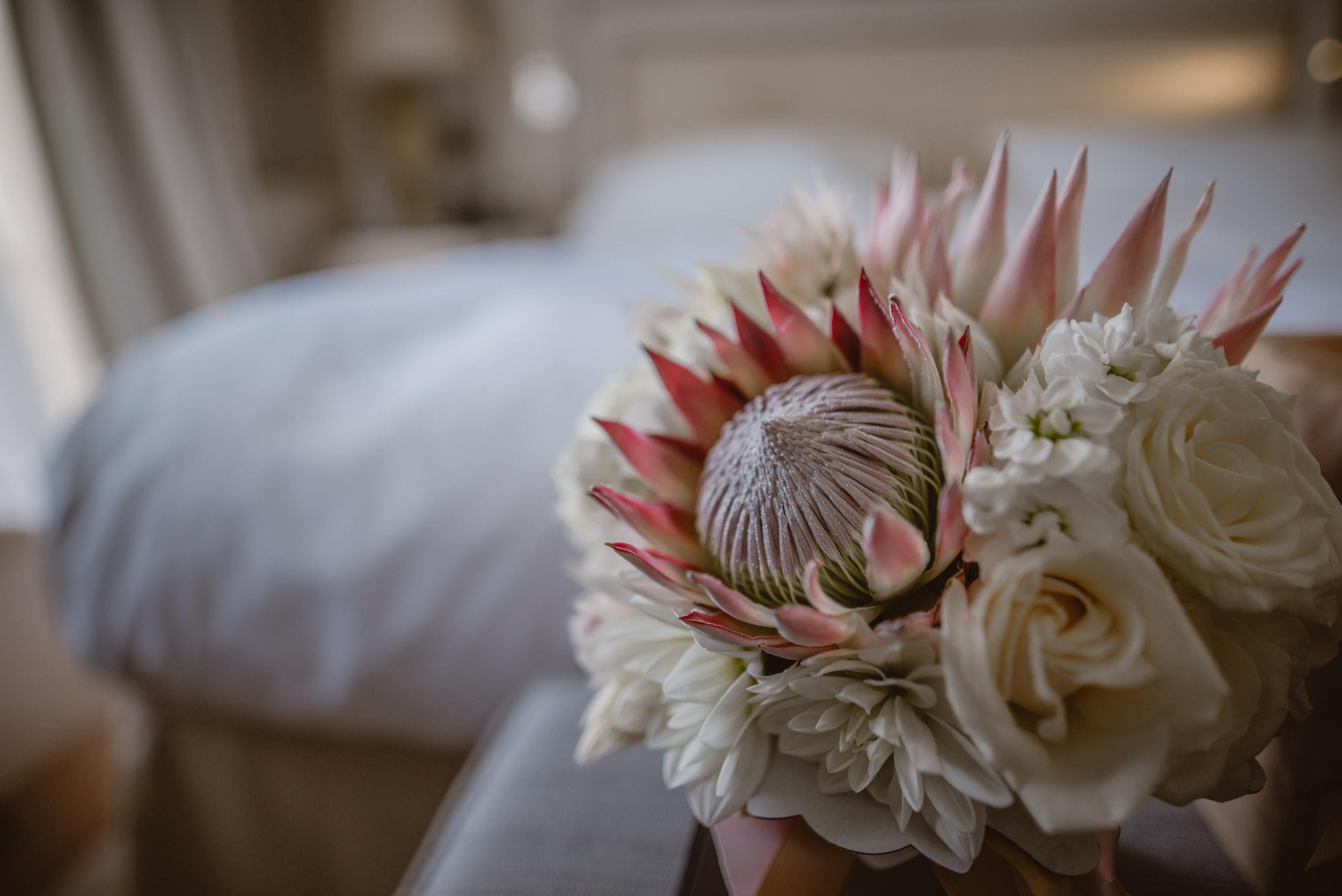 Trisha-and-Roger-wedding-The-Priory-Church-and-Chewton-Glen-Hotel-Christchurch-Manu-Mendoza-Wedding-Photography-005.jpg
