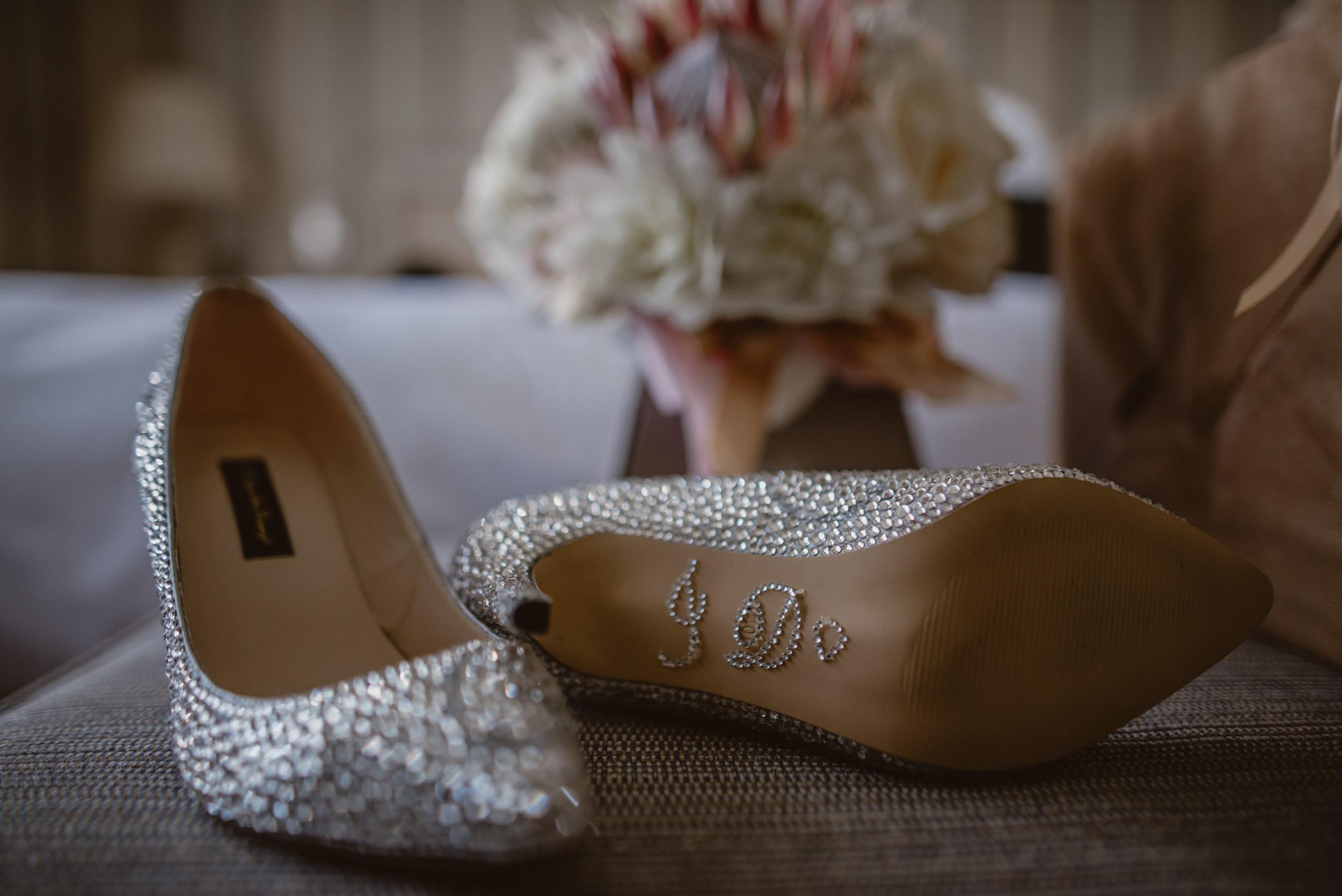 Trisha-and-Roger-wedding-The-Priory-Church-and-Chewton-Glen-Hotel-Christchurch-Manu-Mendoza-Wedding-Photography-018.jpg