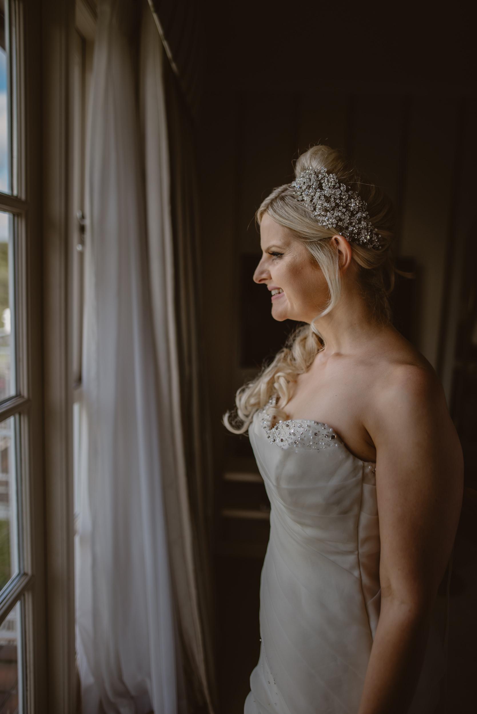 Trisha-and-Roger-wedding-The-Priory-Church-and-Chewton-Glen-Hotel-Christchurch-Manu-Mendoza-Wedding-Photography-045.jpg