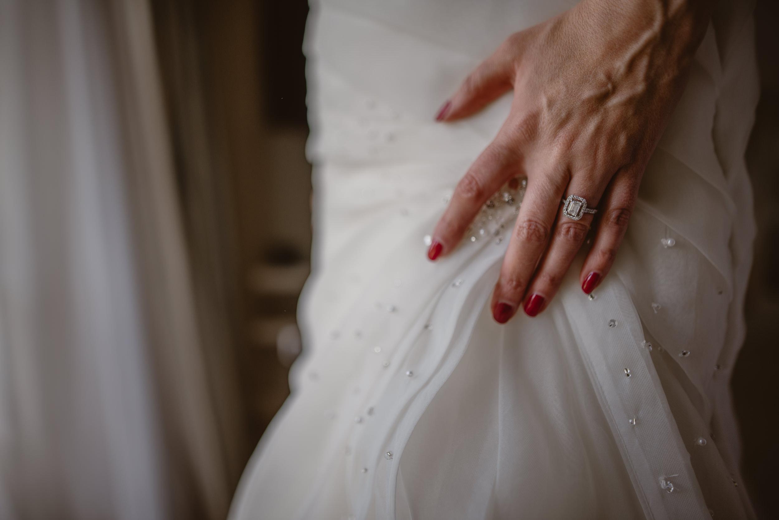 Trisha-and-Roger-wedding-The-Priory-Church-and-Chewton-Glen-Hotel-Christchurch-Manu-Mendoza-Wedding-Photography-048.jpg