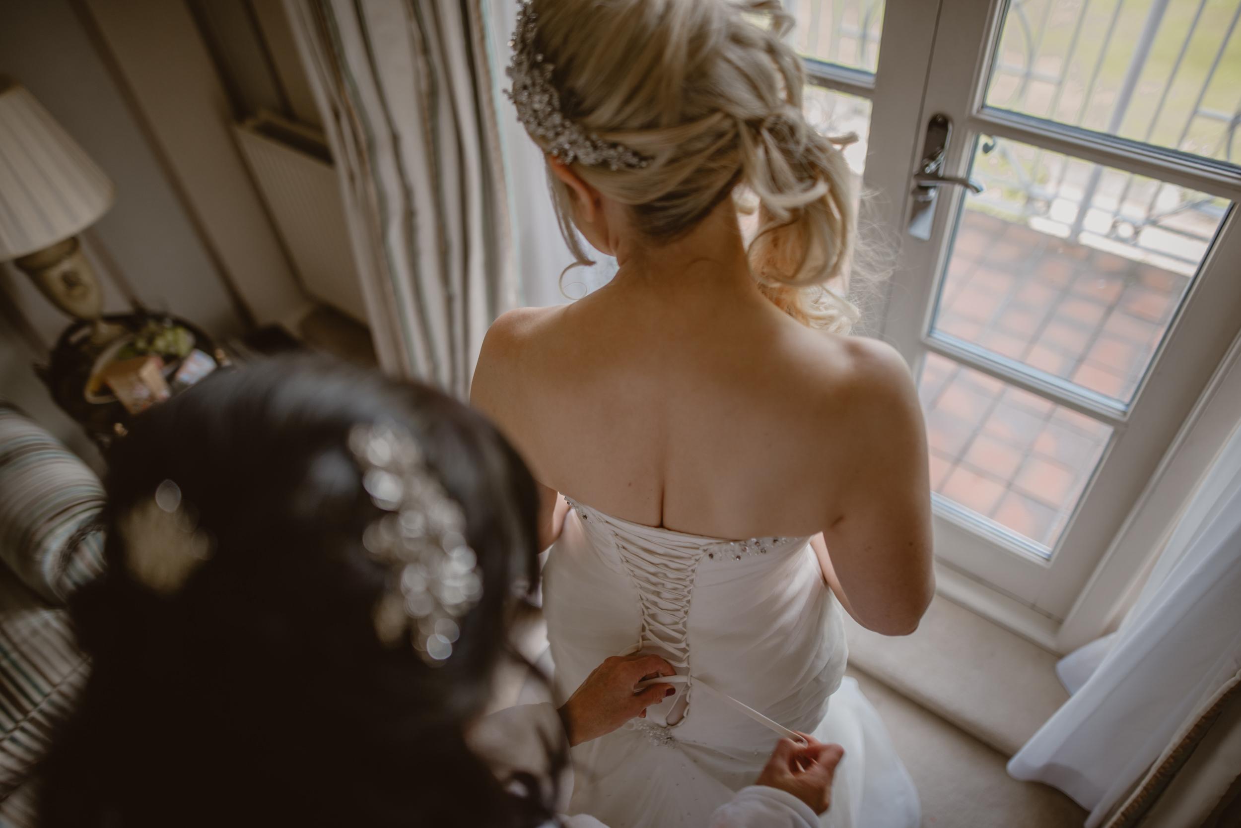 Trisha-and-Roger-wedding-The-Priory-Church-and-Chewton-Glen-Hotel-Christchurch-Manu-Mendoza-Wedding-Photography-052.jpg