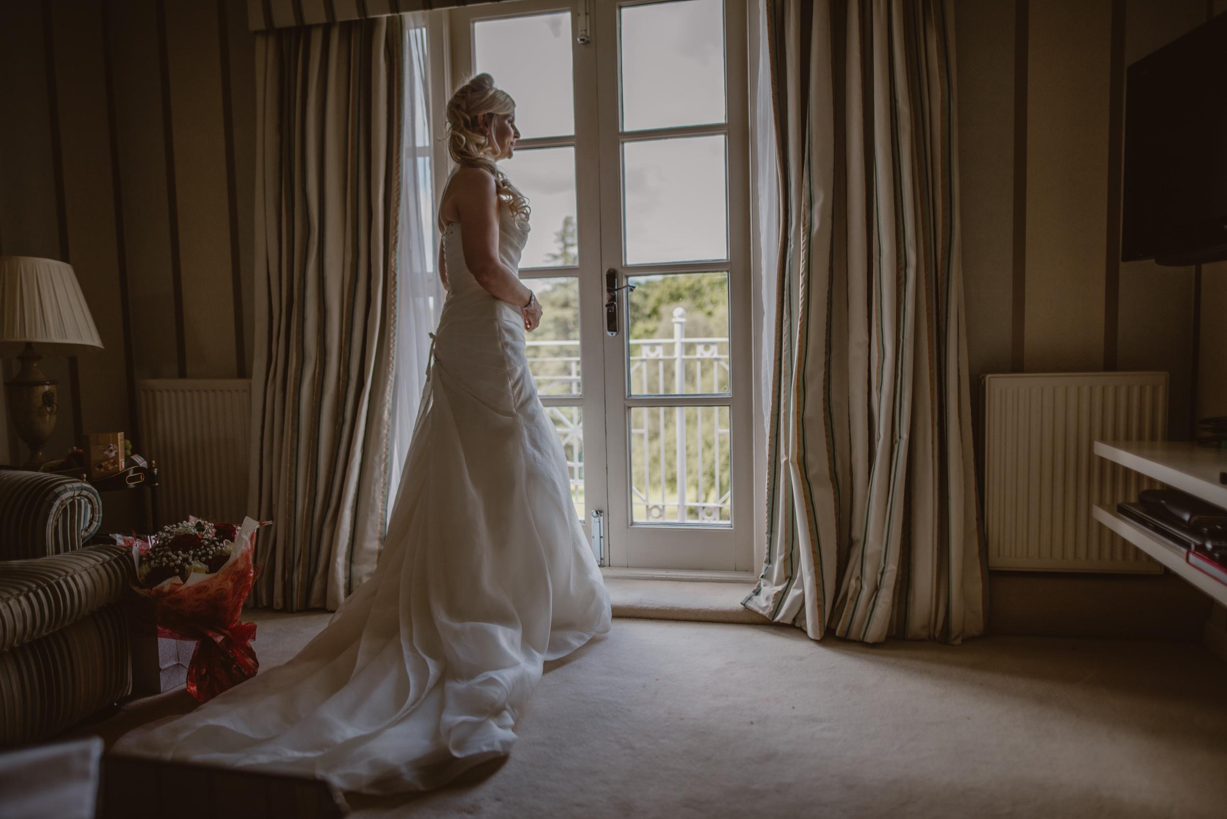 Trisha-and-Roger-wedding-The-Priory-Church-and-Chewton-Glen-Hotel-Christchurch-Manu-Mendoza-Wedding-Photography-070.jpg