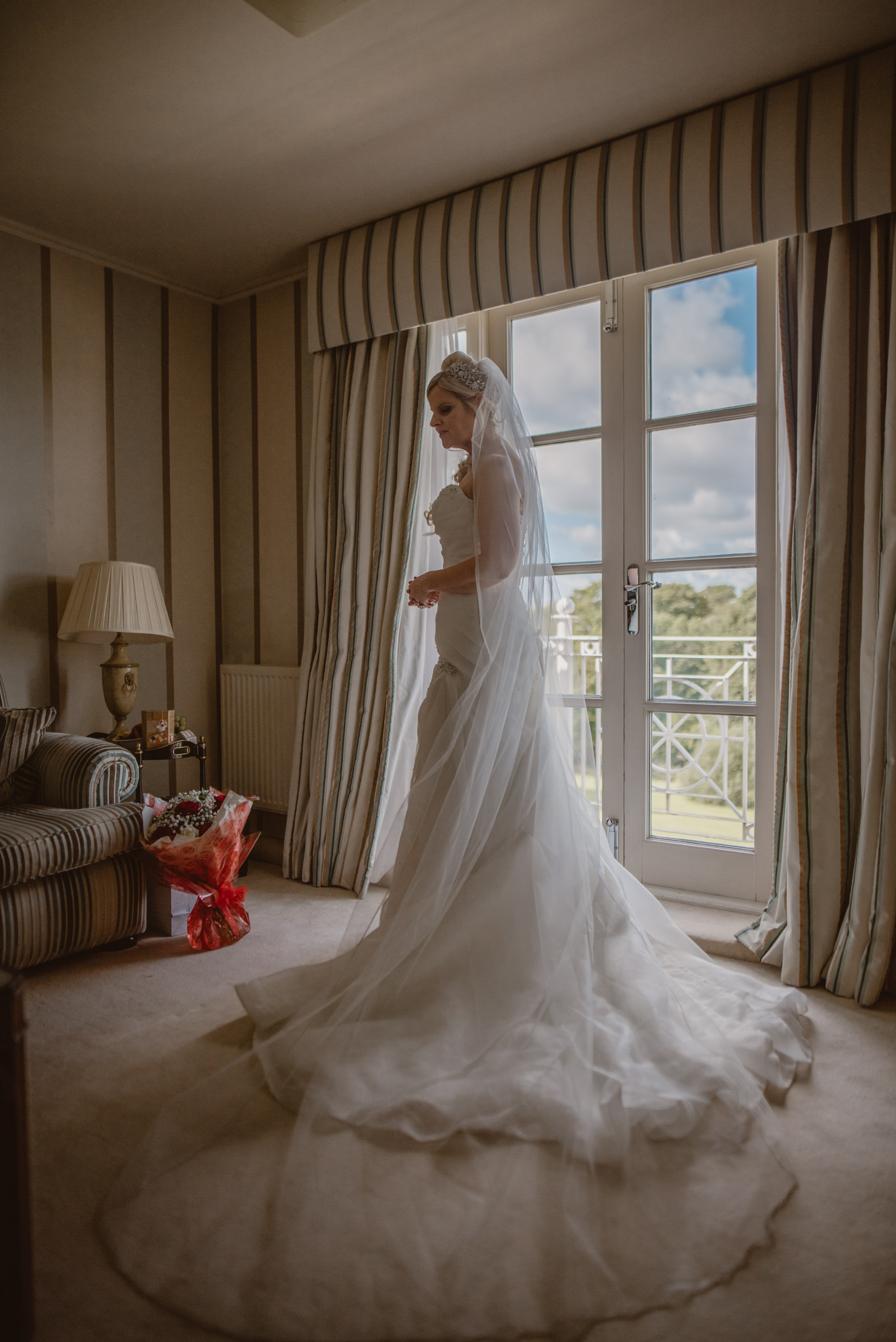 Trisha-and-Roger-wedding-The-Priory-Church-and-Chewton-Glen-Hotel-Christchurch-Manu-Mendoza-Wedding-Photography-076.jpg