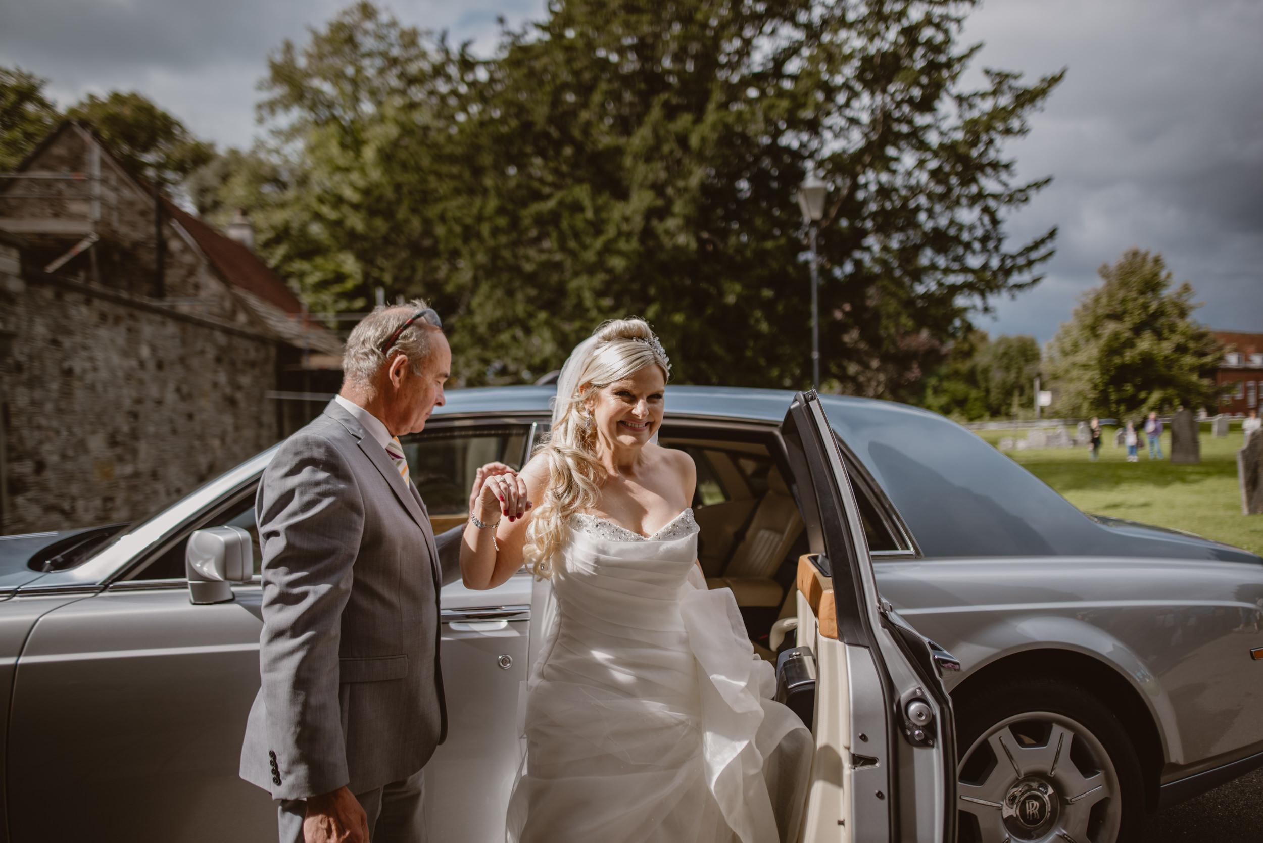 Trisha-and-Roger-wedding-The-Priory-Church-and-Chewton-Glen-Hotel-Christchurch-Manu-Mendoza-Wedding-Photography-102.jpg