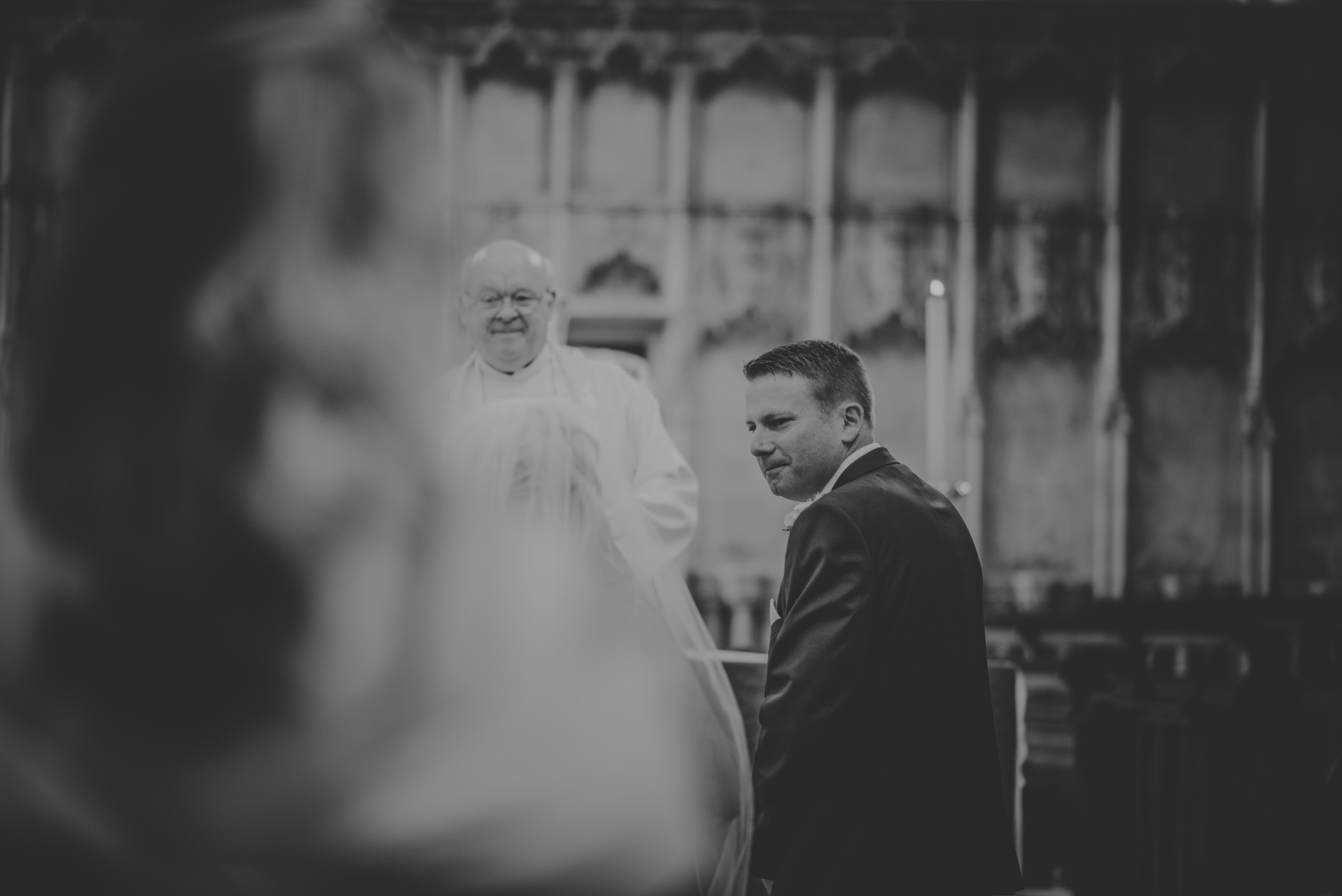 Trisha-and-Roger-wedding-The-Priory-Church-and-Chewton-Glen-Hotel-Christchurch-Manu-Mendoza-Wedding-Photography-116.jpg