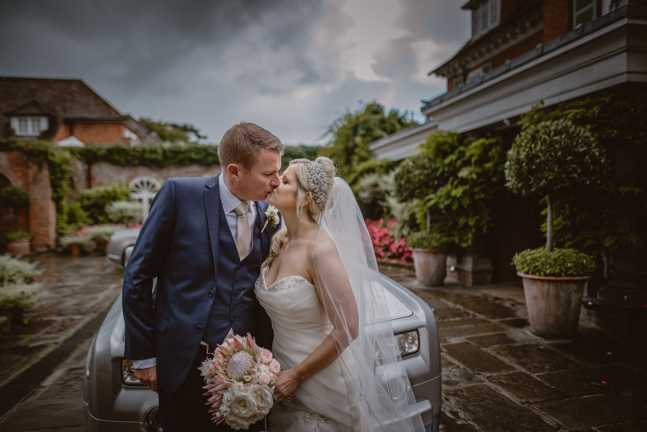 Trisha-and-Roger-wedding-The-Priory-Church-and-Chewton-Glen-Hotel-Christchurch-Manu-Mendoza-Wedding-Photography-240.jpg
