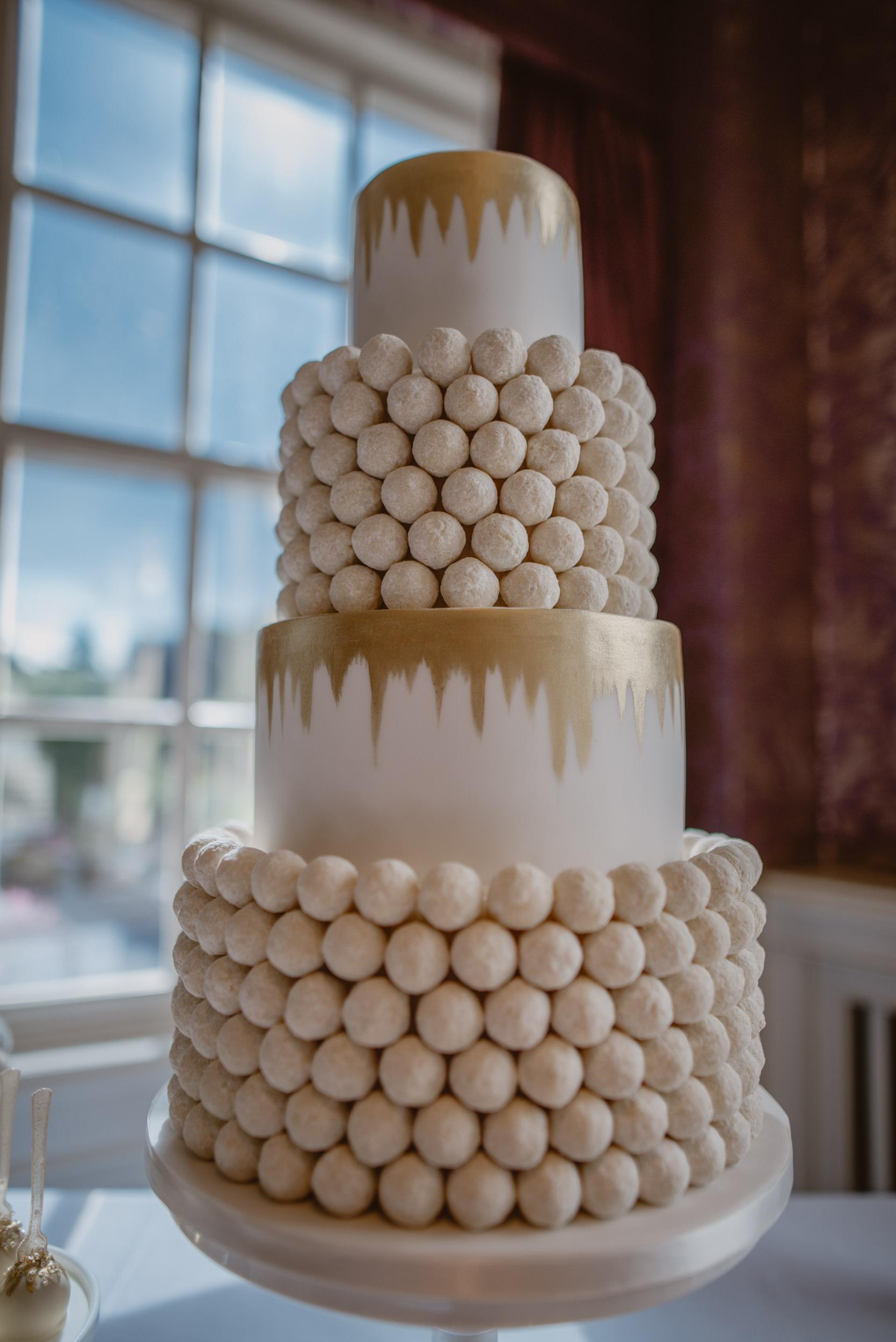 Trisha-and-Roger-wedding-The-Priory-Church-and-Chewton-Glen-Hotel-Christchurch-Manu-Mendoza-Wedding-Photography-260.jpg