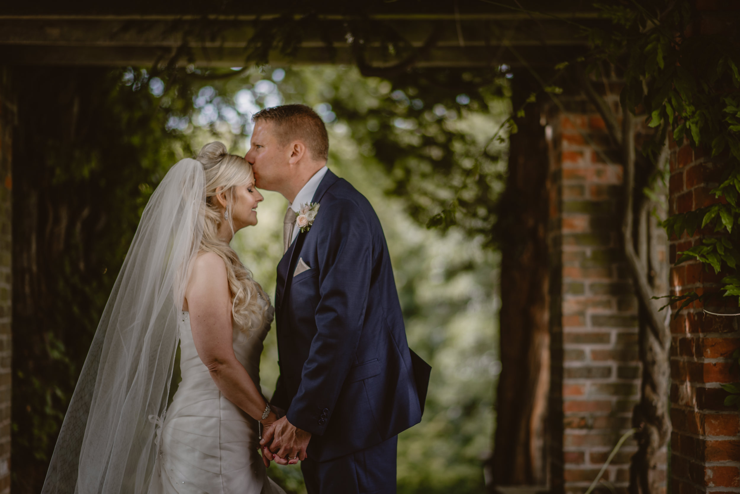 Trisha-and-Roger-wedding-The-Priory-Church-and-Chewton-Glen-Hotel-Christchurch-Manu-Mendoza-Wedding-Photography-321.jpg