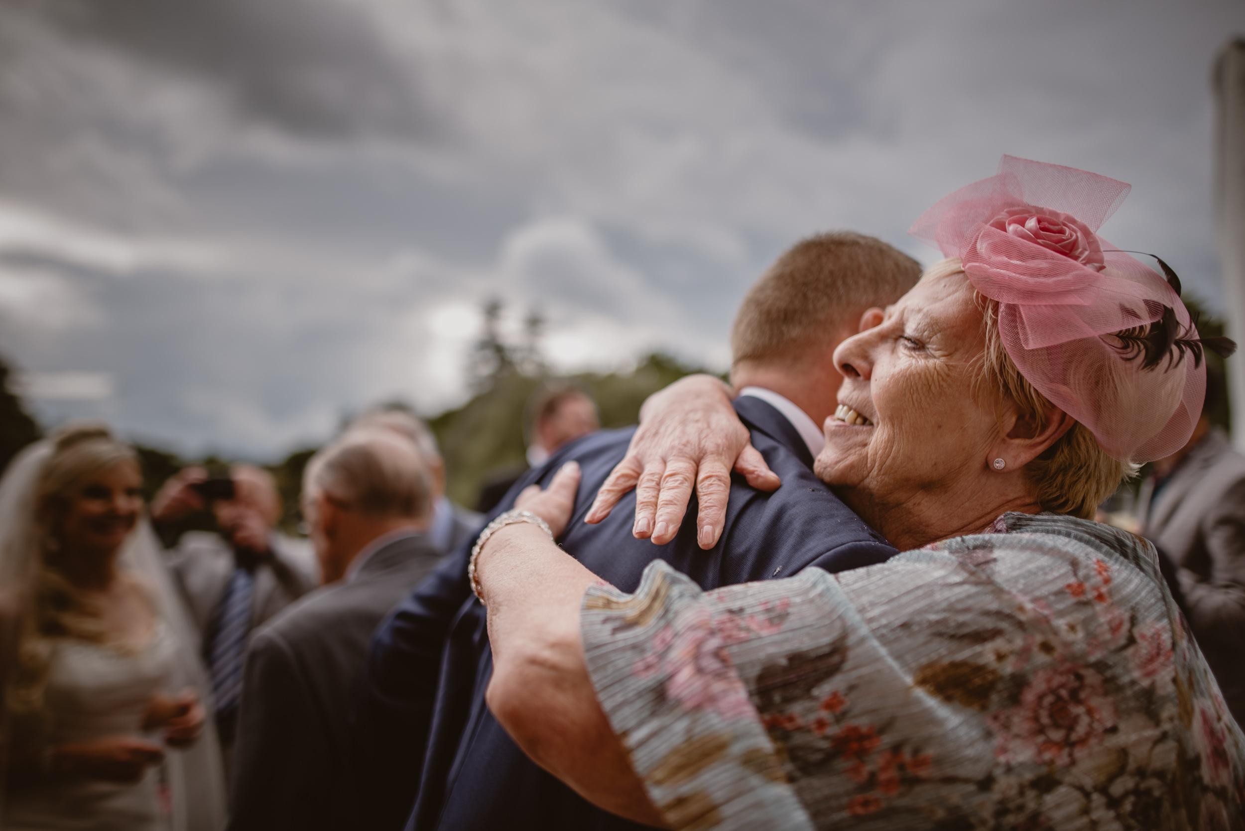 Trisha-and-Roger-wedding-The-Priory-Church-and-Chewton-Glen-Hotel-Christchurch-Manu-Mendoza-Wedding-Photography-346.jpg