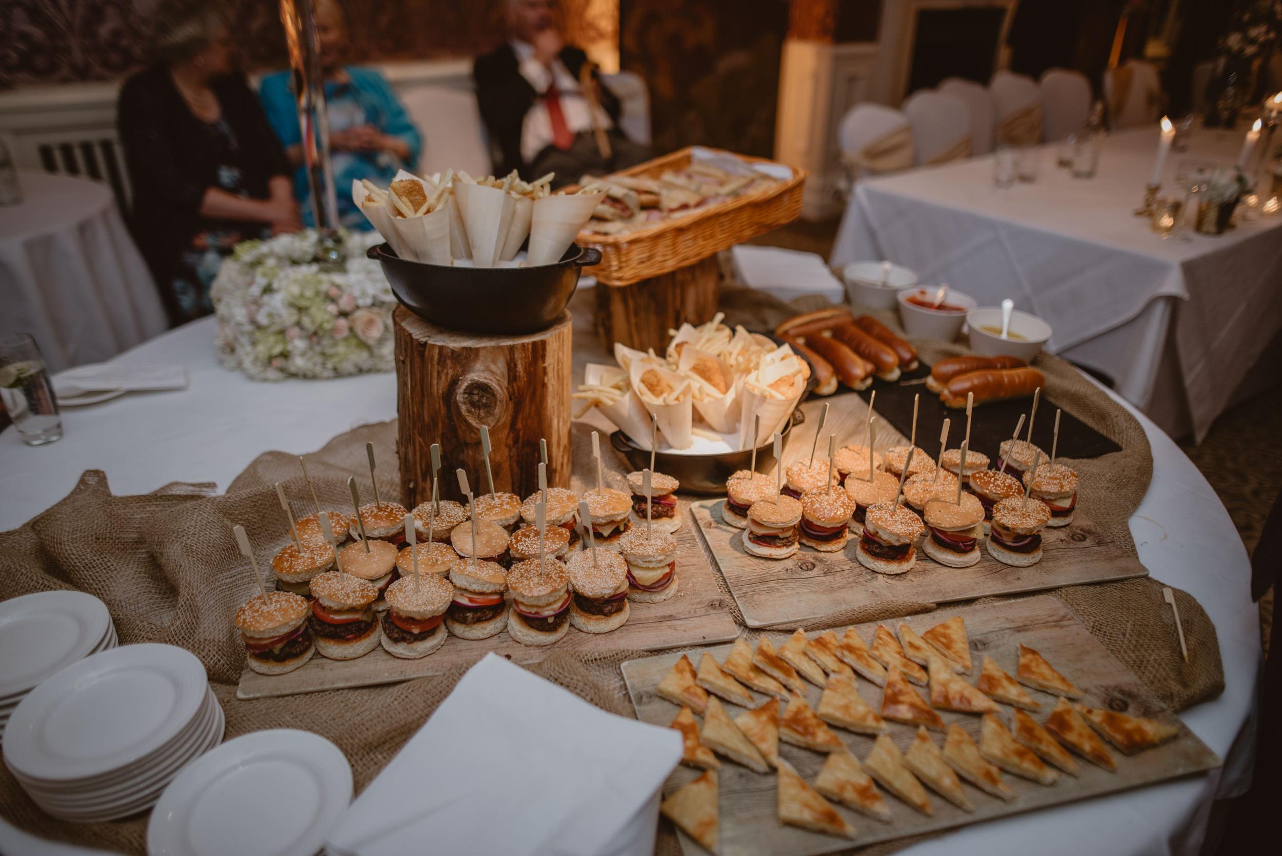 Trisha-and-Roger-wedding-The-Priory-Church-and-Chewton-Glen-Hotel-Christchurch-Manu-Mendoza-Wedding-Photography-491.jpg
