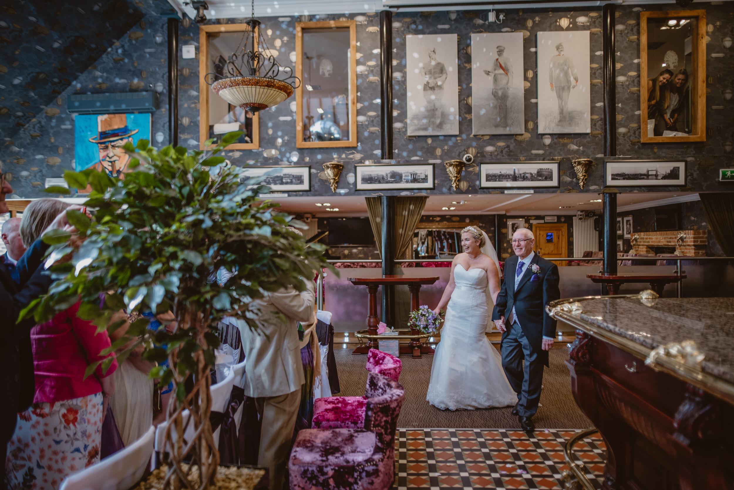 Chantelle-and-Stephen-Old-Thorns-Hotel-Wedding-Liphook-Manu-Mendoza-Wedding-Photography-176.jpg