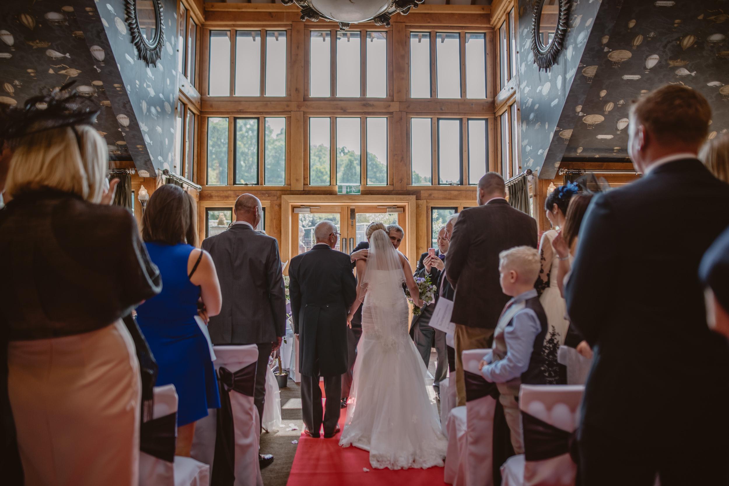 Chantelle-and-Stephen-Old-Thorns-Hotel-Wedding-Liphook-Manu-Mendoza-Wedding-Photography-183.jpg