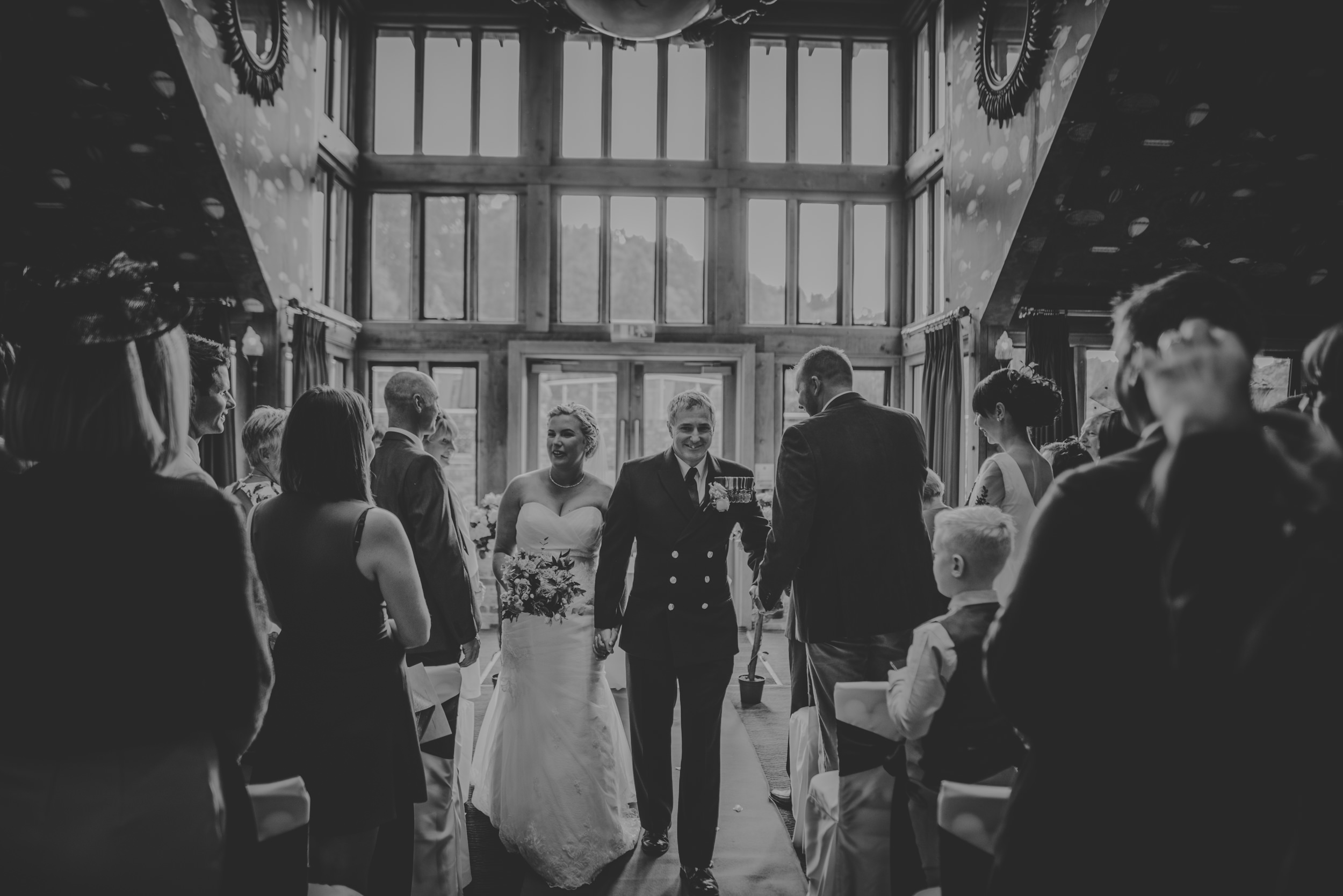 Chantelle-and-Stephen-Old-Thorns-Hotel-Wedding-Liphook-Manu-Mendoza-Wedding-Photography-248.jpg