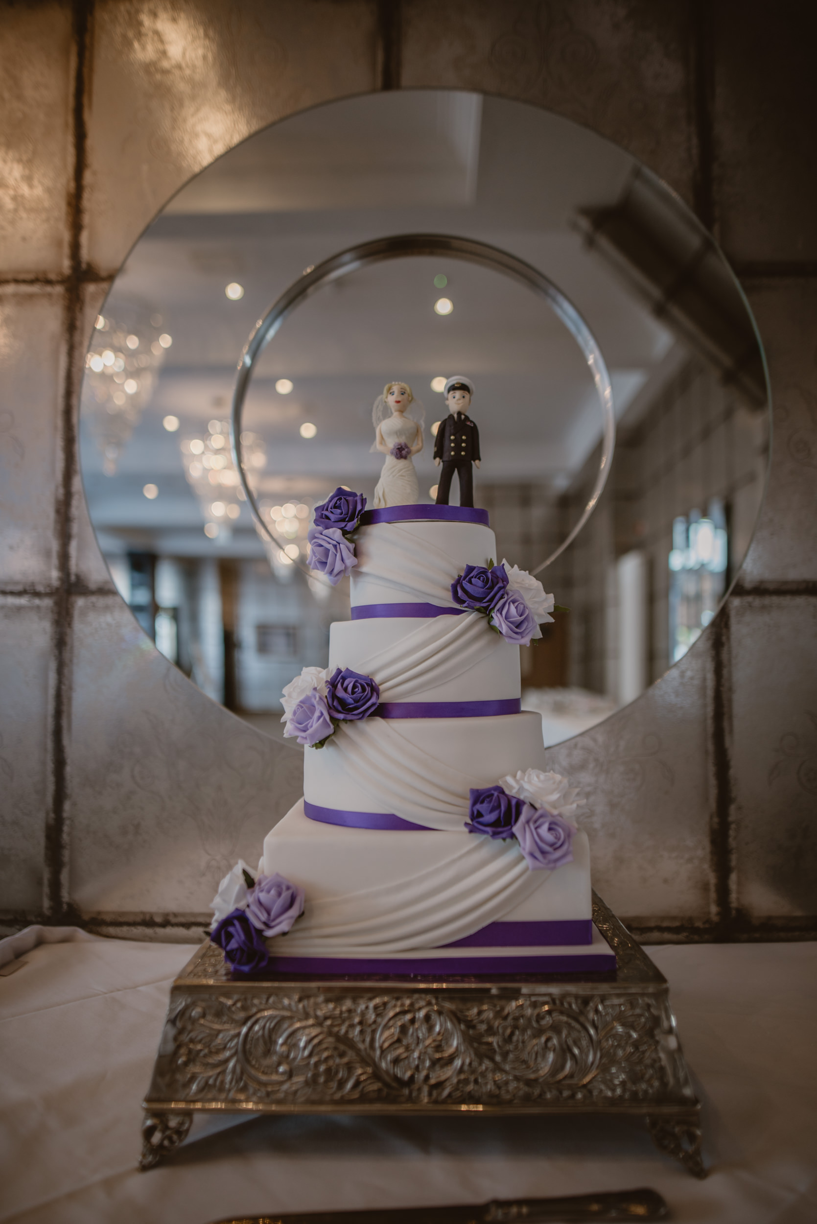 Chantelle-and-Stephen-Old-Thorns-Hotel-Wedding-Liphook-Manu-Mendoza-Wedding-Photography-331.jpg