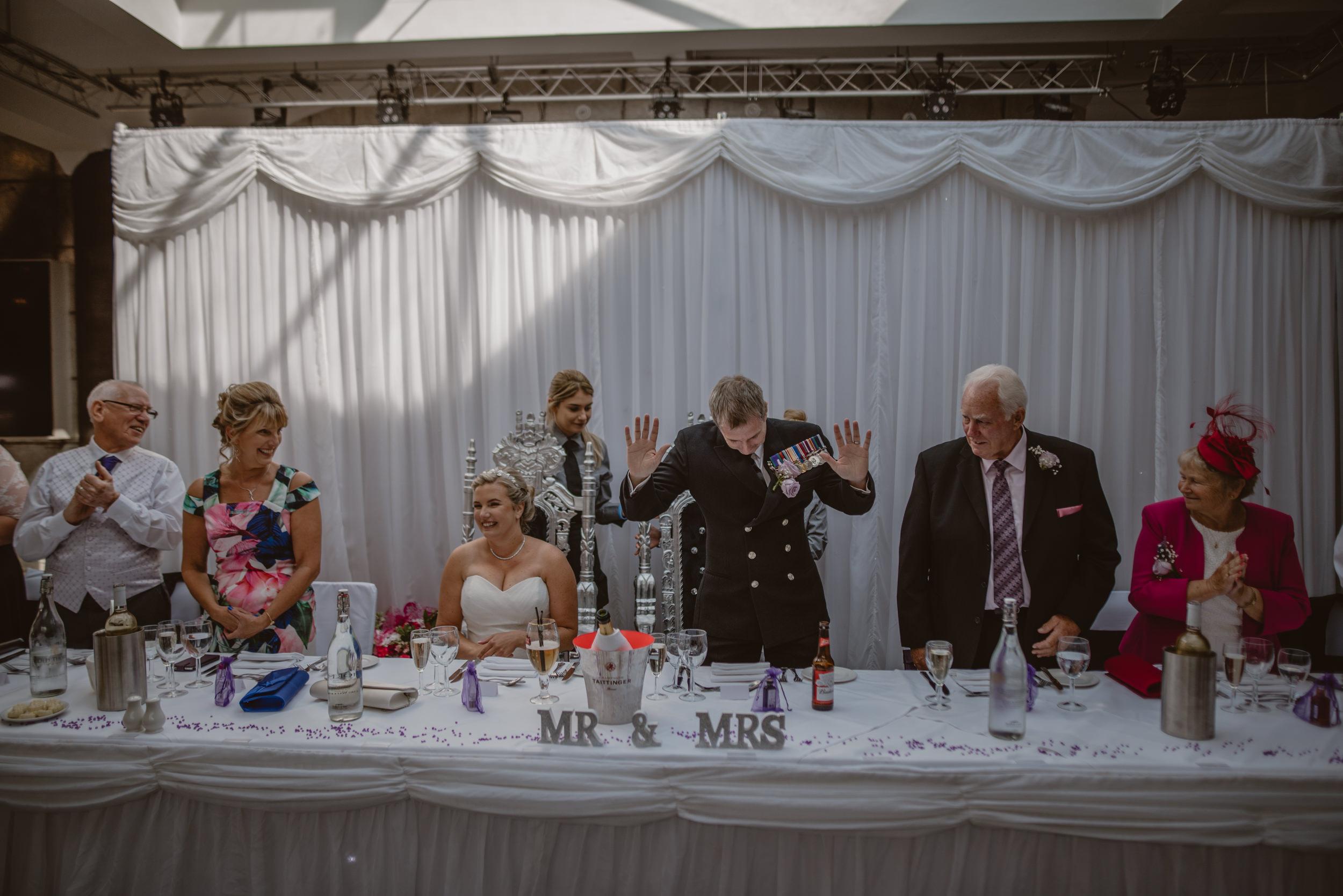 Chantelle-and-Stephen-Old-Thorns-Hotel-Wedding-Liphook-Manu-Mendoza-Wedding-Photography-346.jpg