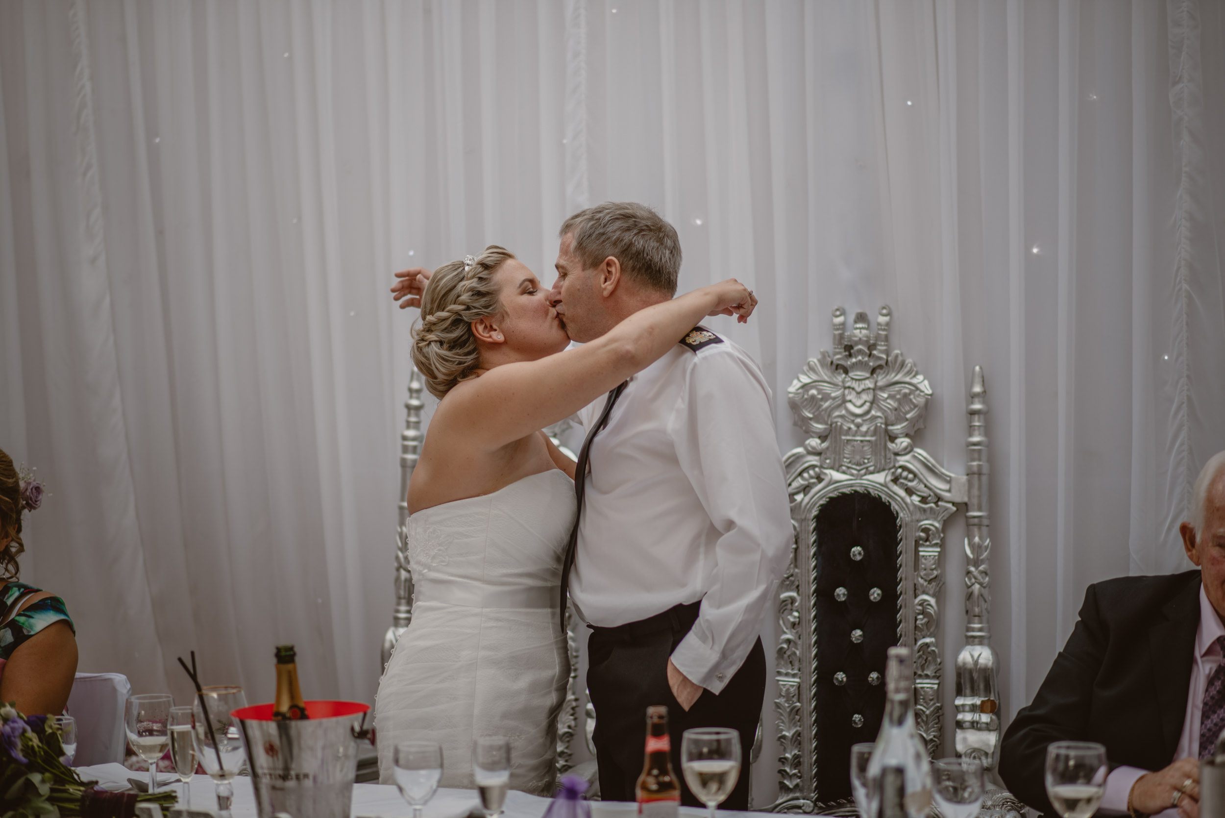 Chantelle-and-Stephen-Old-Thorns-Hotel-Wedding-Liphook-Manu-Mendoza-Wedding-Photography-430.jpg