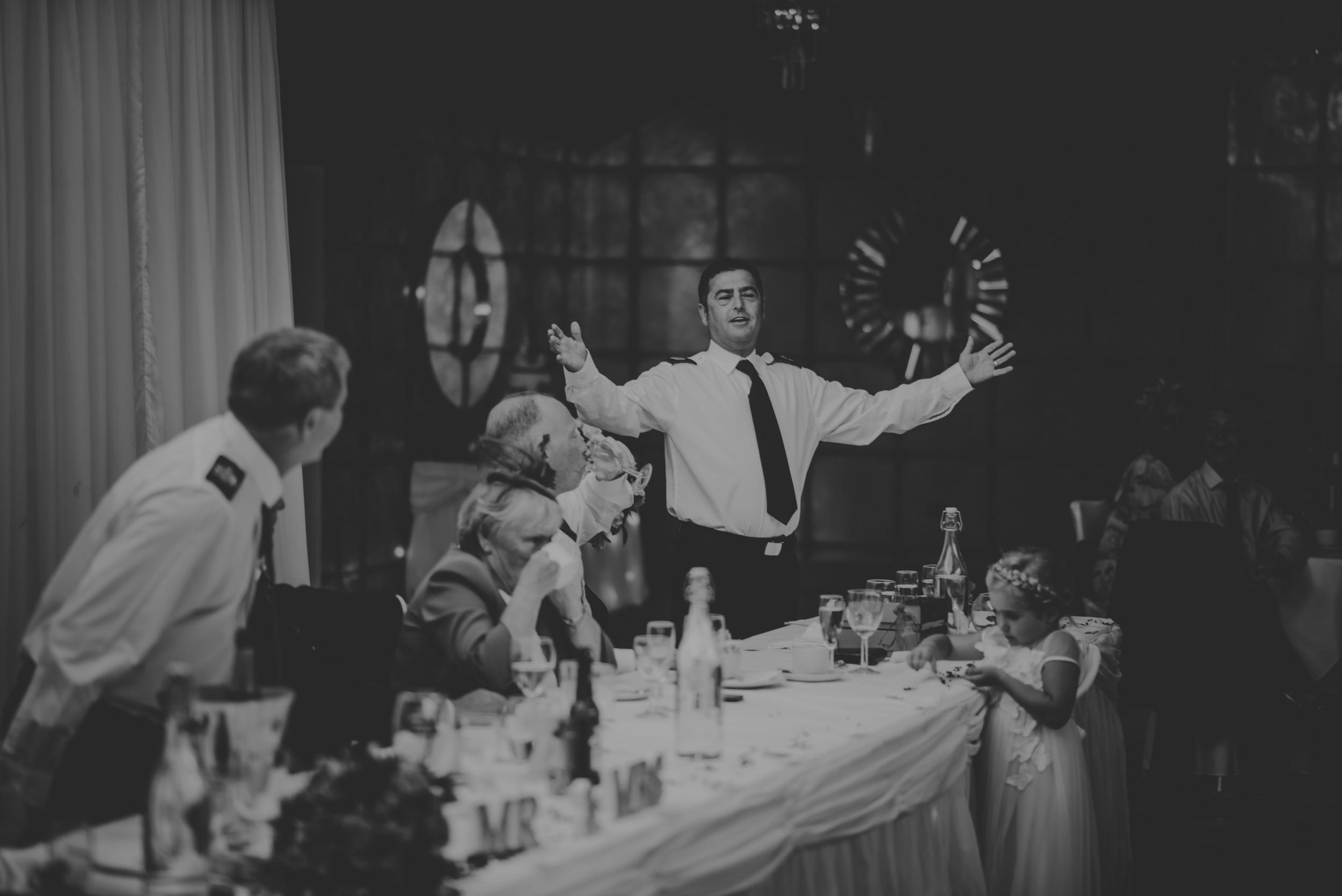 Chantelle-and-Stephen-Old-Thorns-Hotel-Wedding-Liphook-Manu-Mendoza-Wedding-Photography-444.jpg