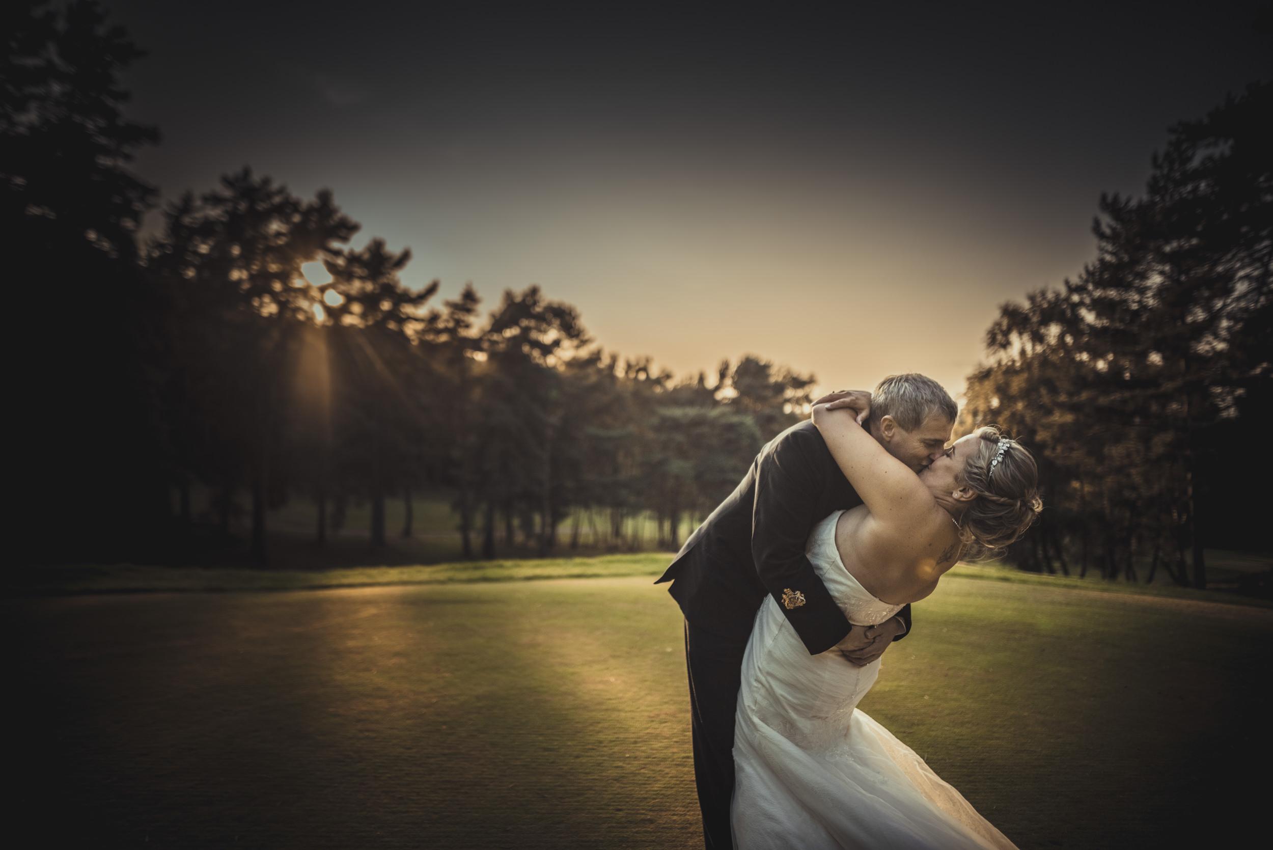 Chantelle-and-Stephen-Old-Thorns-Hotel-Wedding-Liphook-Manu-Mendoza-Wedding-Photography-472.jpg