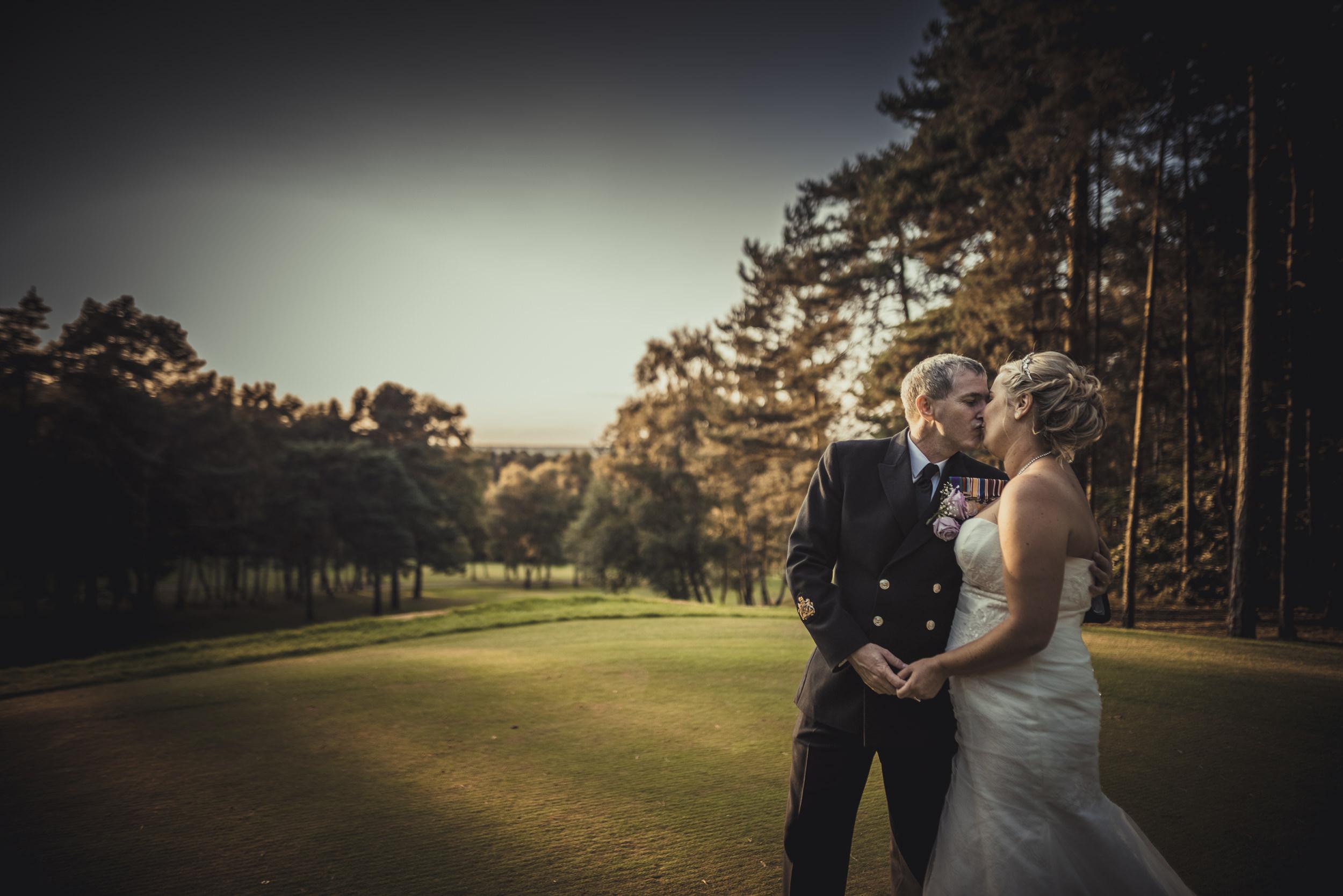 Chantelle-and-Stephen-Old-Thorns-Hotel-Wedding-Liphook-Manu-Mendoza-Wedding-Photography-469.jpg