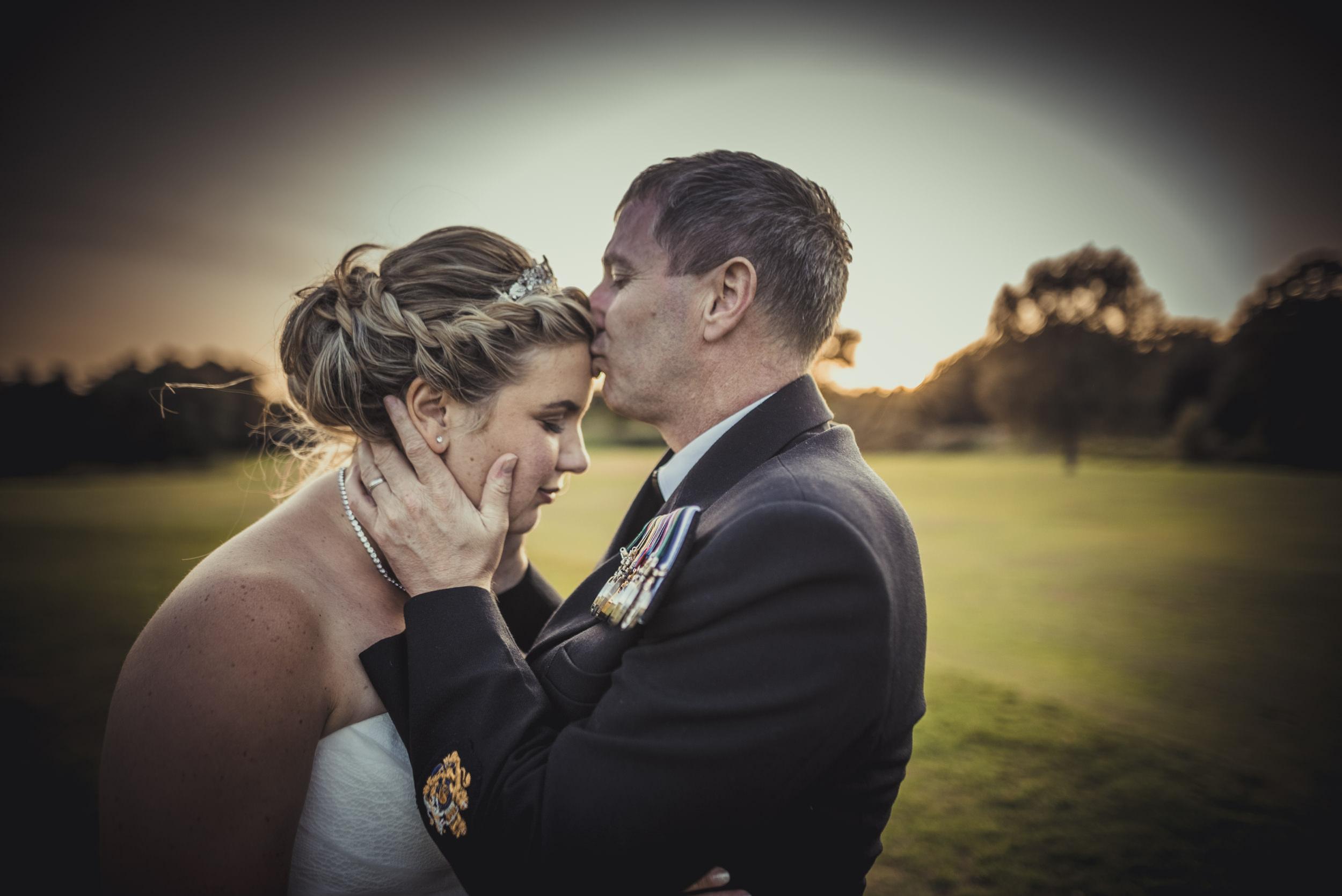 Chantelle-and-Stephen-Old-Thorns-Hotel-Wedding-Liphook-Manu-Mendoza-Wedding-Photography-514.jpg