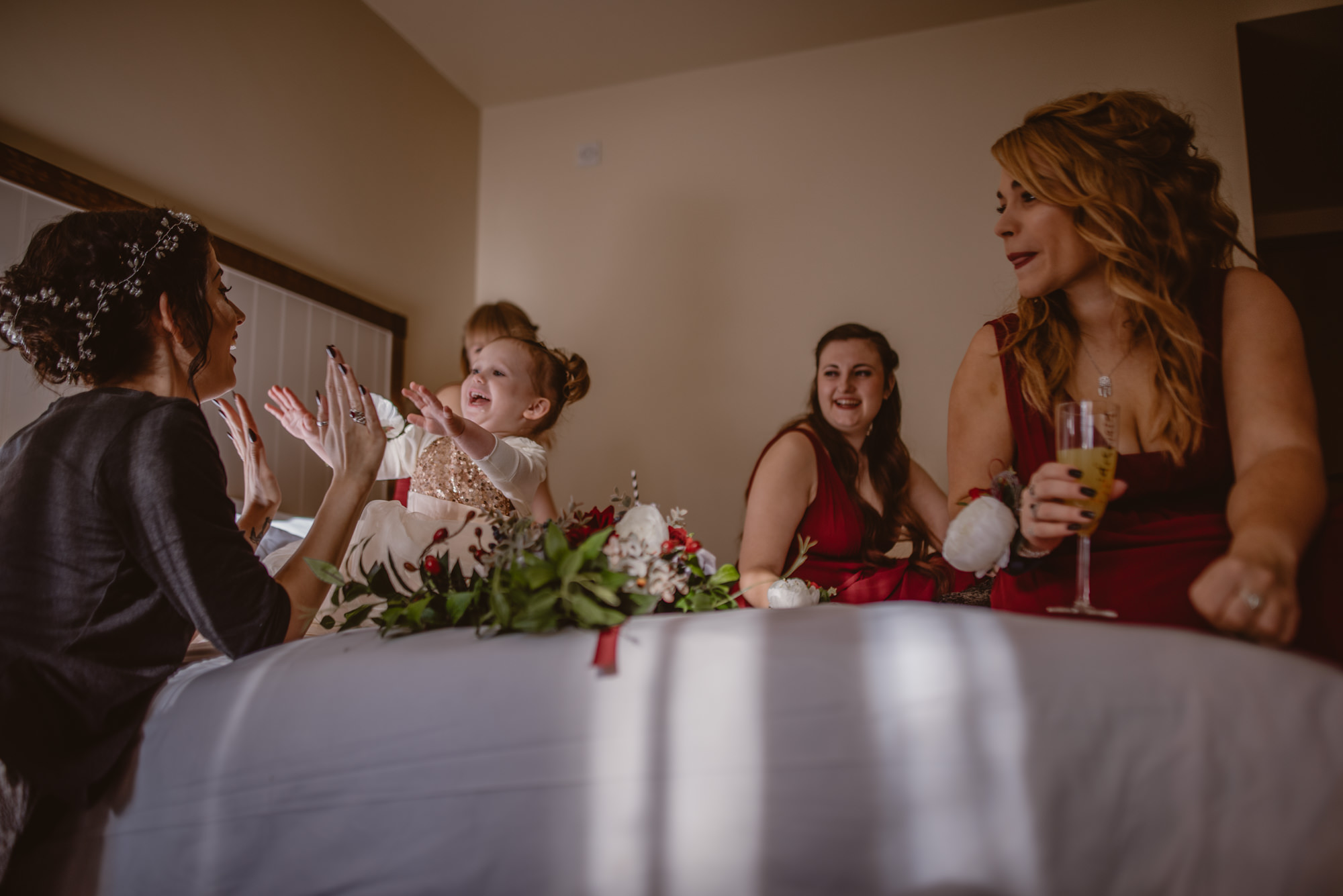 Marissa-and-Ash-Wedding-at-Winchester-Guildhall-and-The-Meade-Hall-Hampshire-Manu-Mendoza-Wedding-Photography-108.jpg