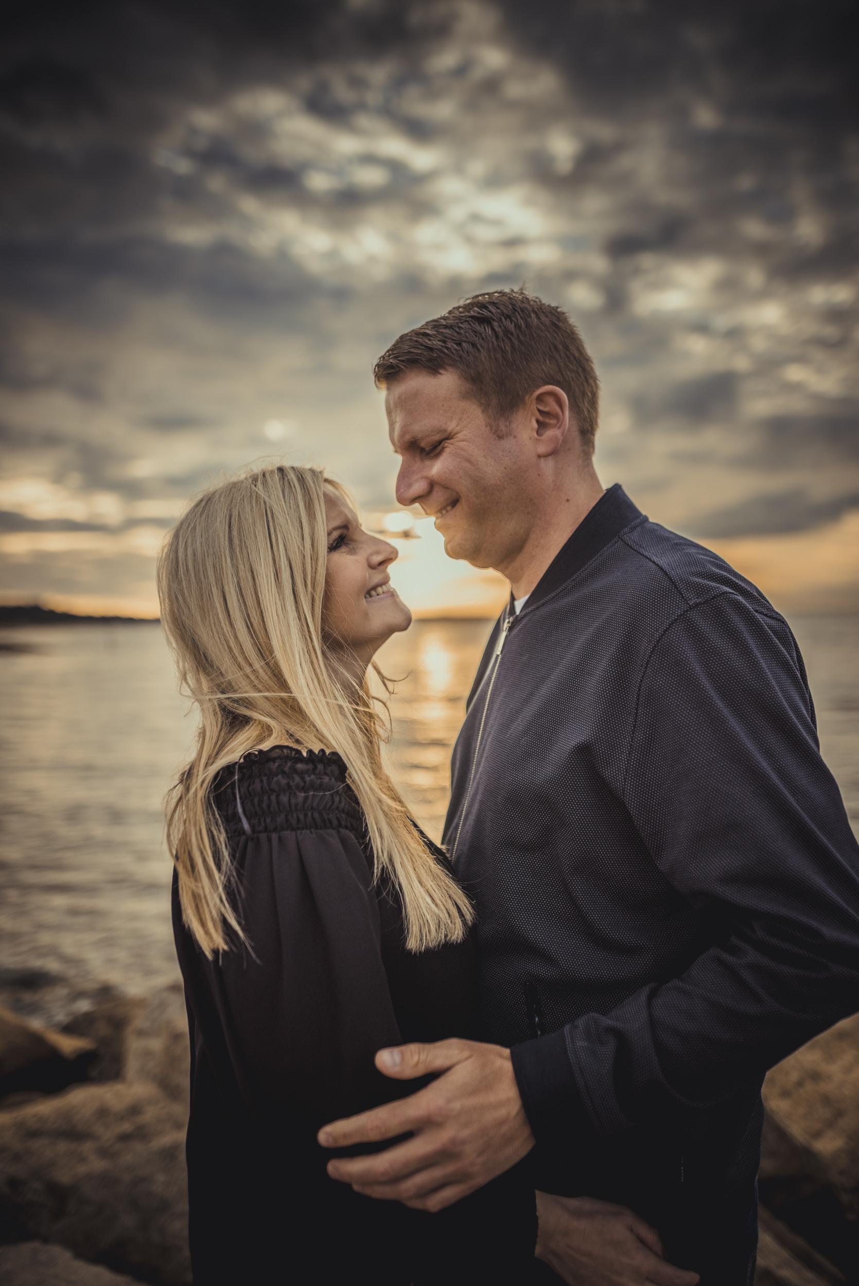 Trisha-and-Robert-Engagement-session-Sandbanks-beach-Poole-Manu-Mendoza-Wedding-Photography-048.jpg