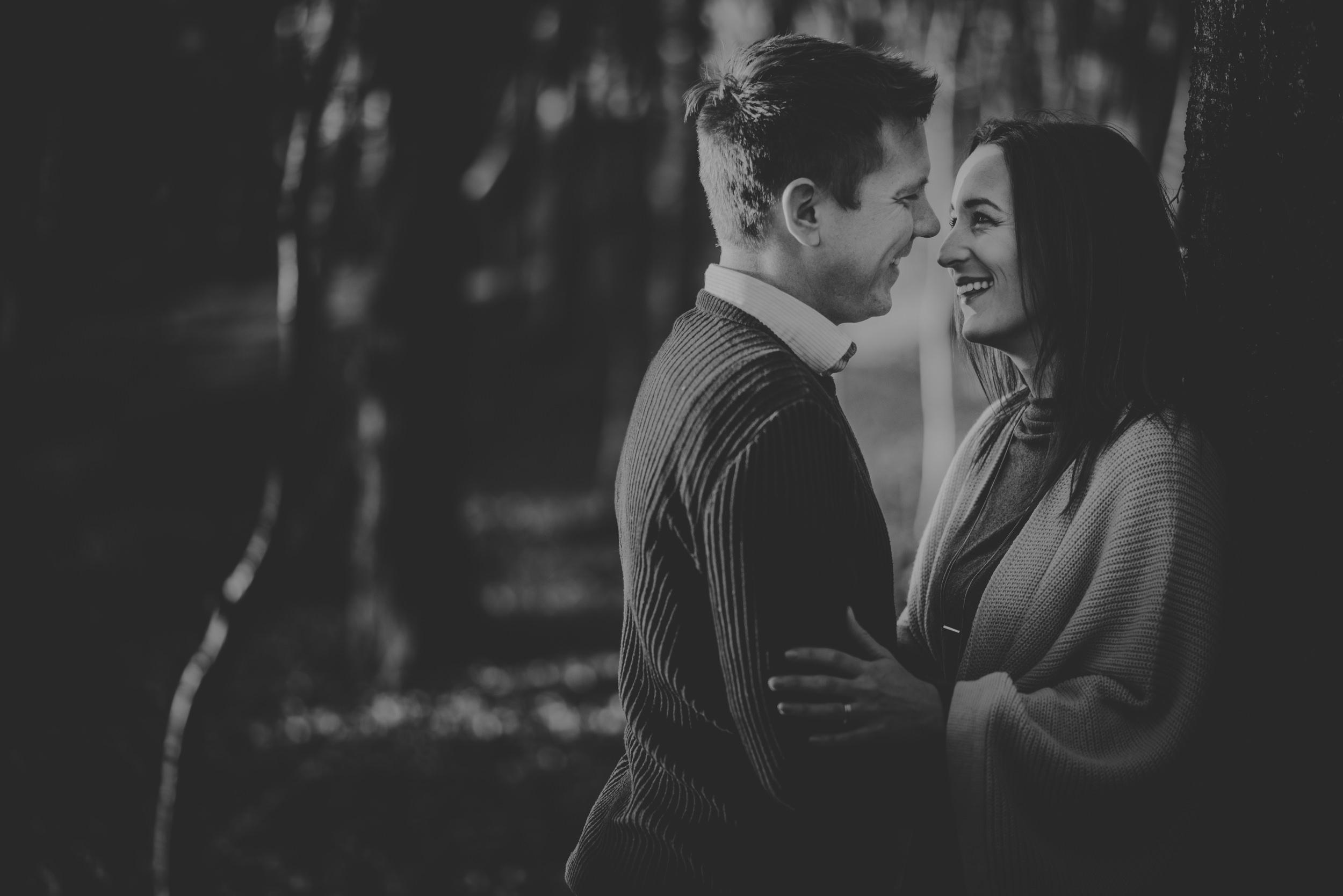 Caroline-Mark-Engagement-Session-Fleet-Pond-Hampshire-Manu-Mendoza-Wedding-Photography-033.jpg