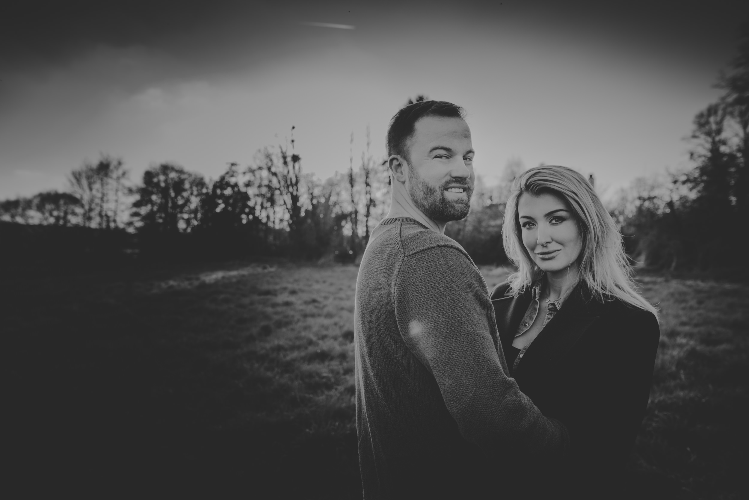 Hannah-and-James-Engagement-Session-Henley-on-Thames-Oxfordshire-Manu-Mendoza-Wedding-Photography-052.jpg
