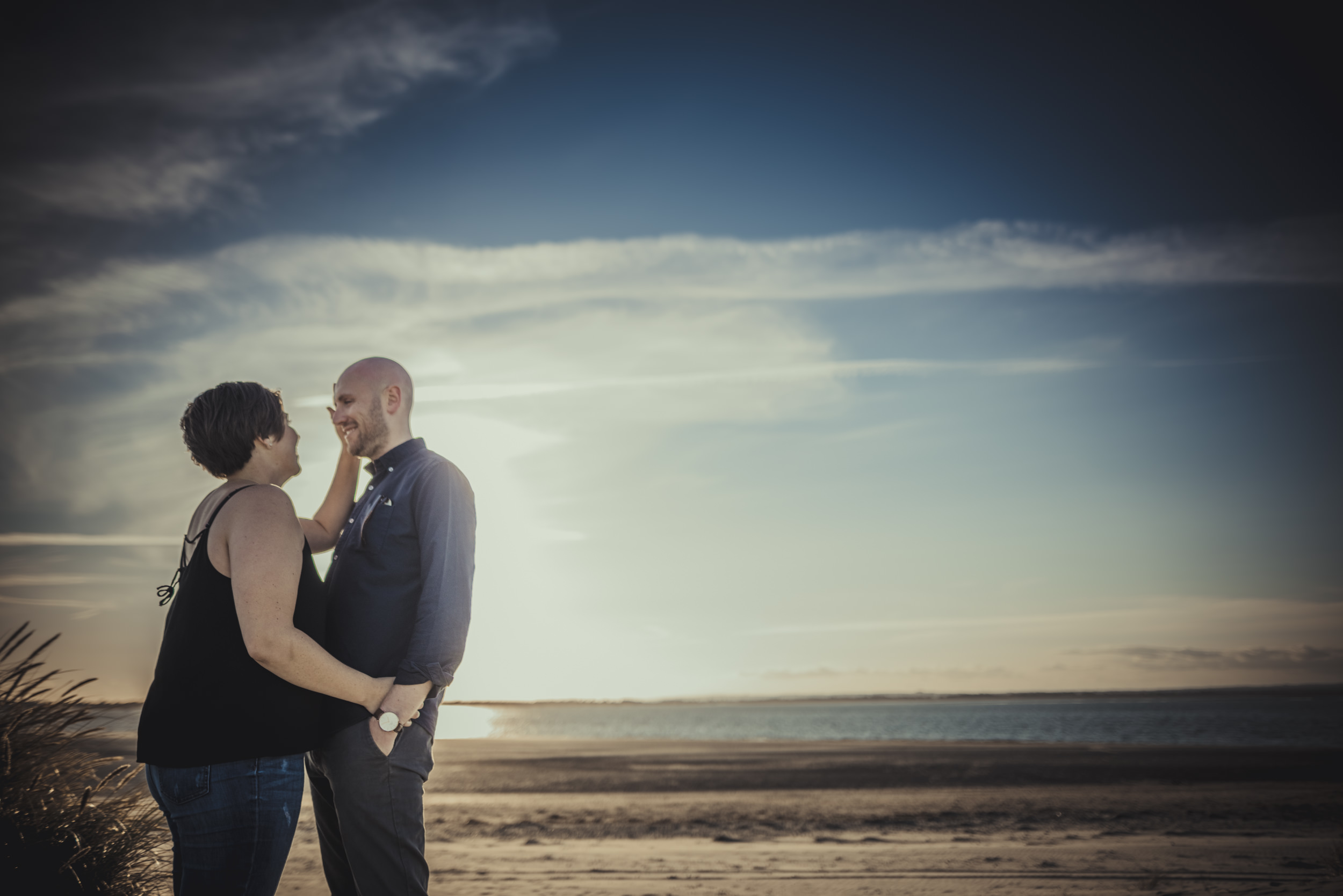 Tara-and-Simon-Engagement-Session- West-Wittering-Beach-West-Sussex-Manu-Mendoza-Wedding-Photography-030.jpg