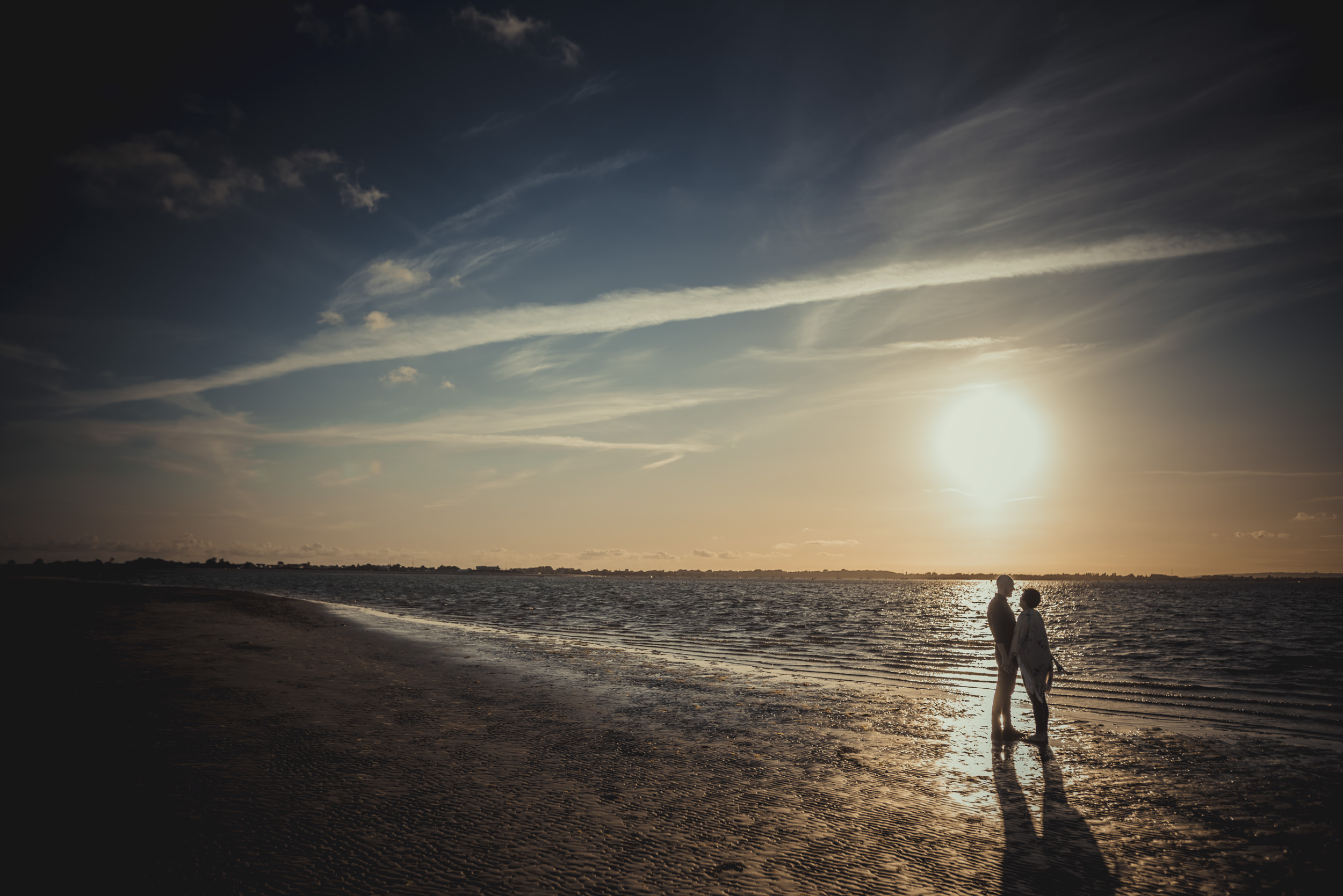 Tara-and-Simon-Engagement-Session- West-Wittering-Beach-West-Sussex-Manu-Mendoza-Wedding-Photography-057.jpg