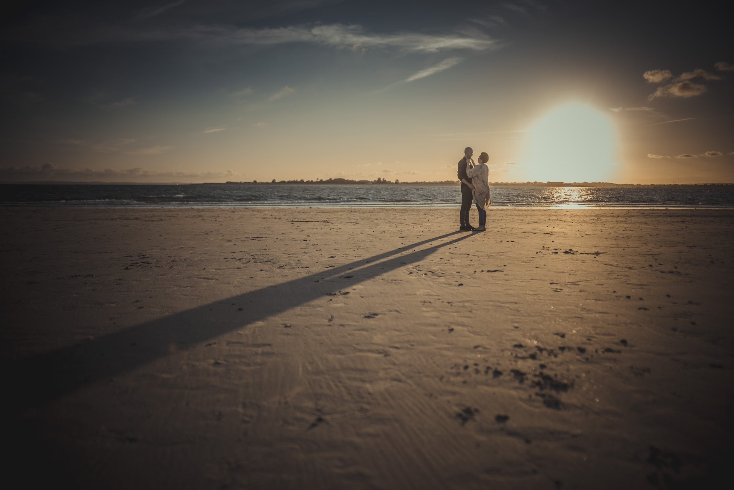 Tara-and-Simon-Engagement-Session- West-Wittering-Beach-West-Sussex-Manu-Mendoza-Wedding-Photography-089.jpg