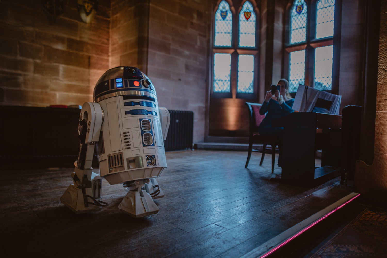 R2D2 in a wedding ceremony