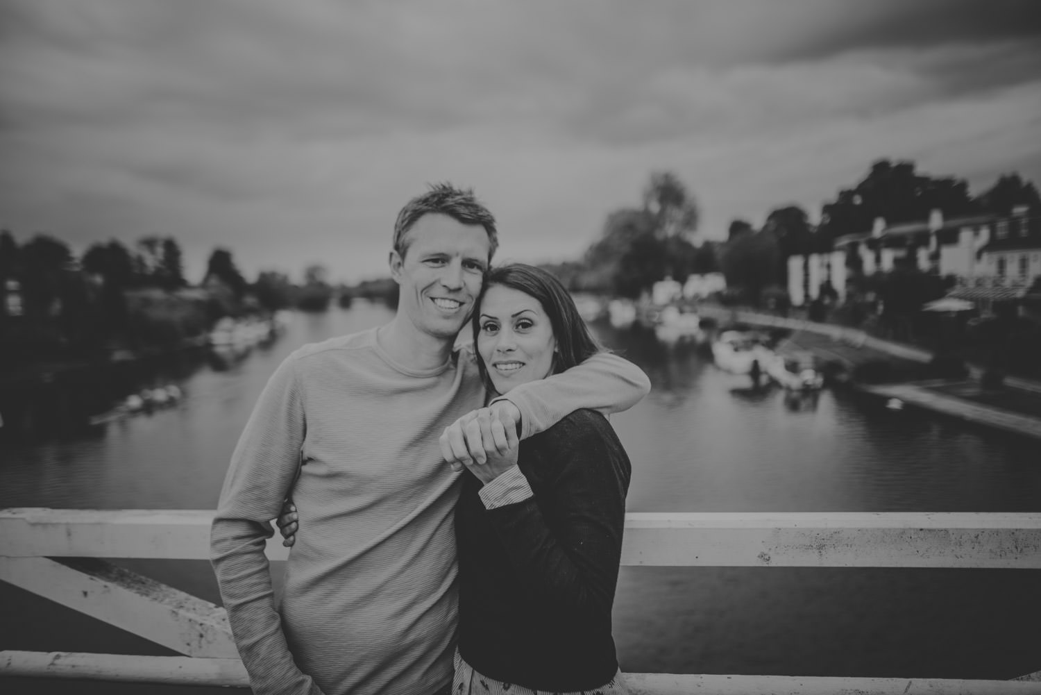 River Thames Engagement photos