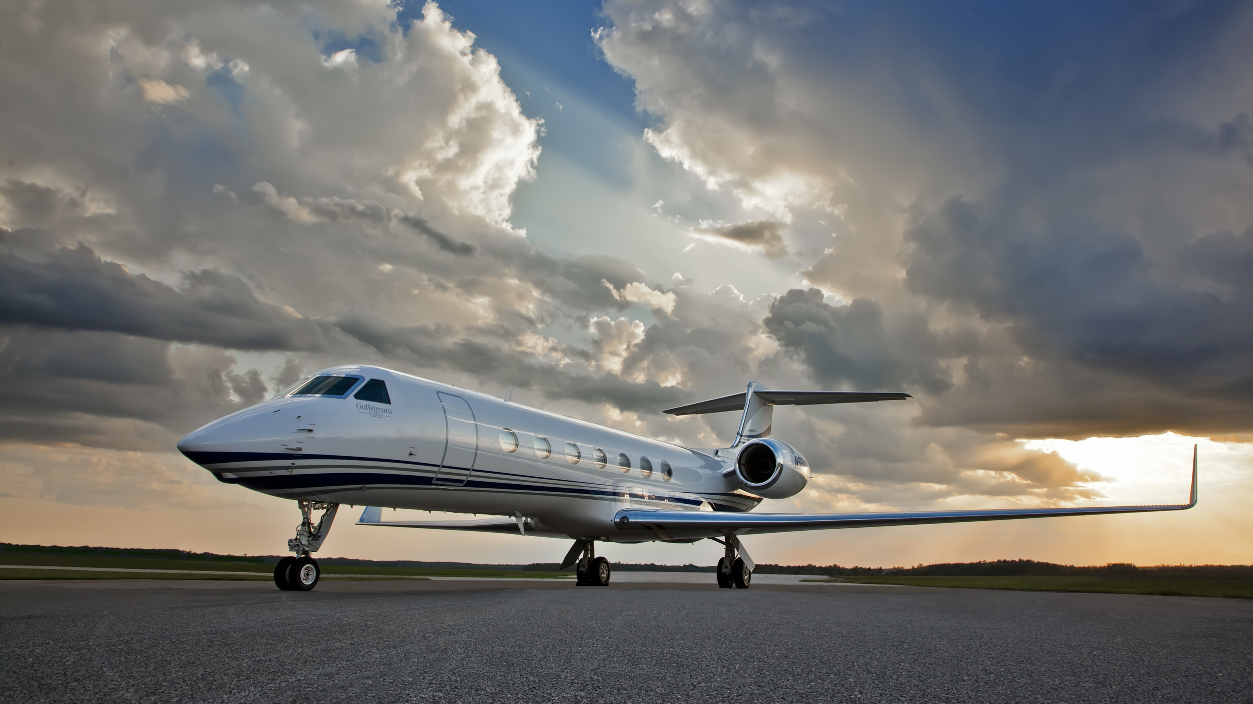 Enjoy an unrivaled customer experience with us   Charter Services