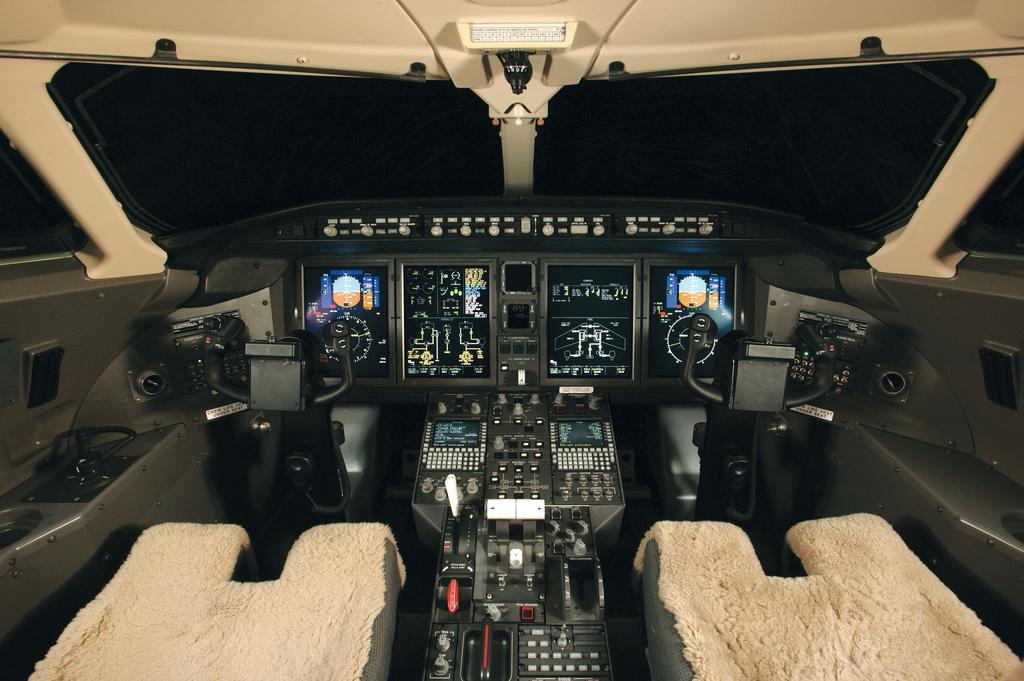 CL300d.jpg