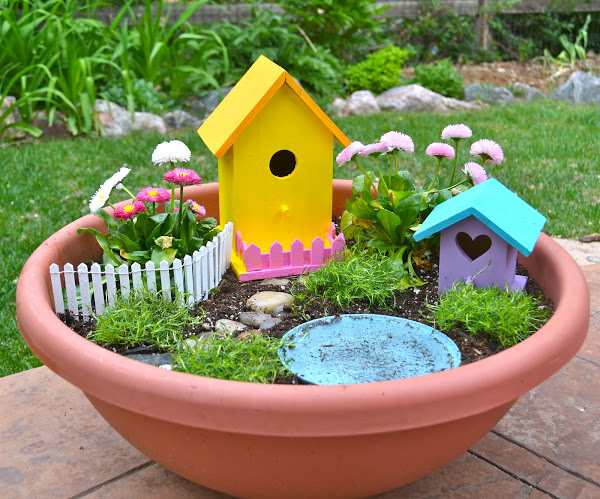 2015 Fairy Garden from Wonder Kids