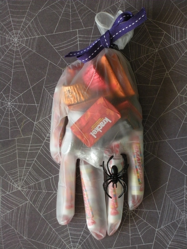 Trick or Treat Hand