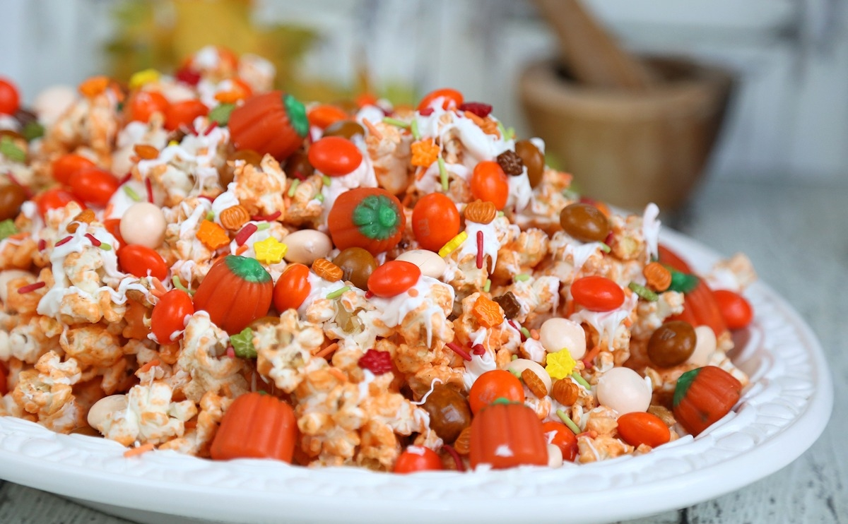 Pumpkin Spice Popcorn Treat