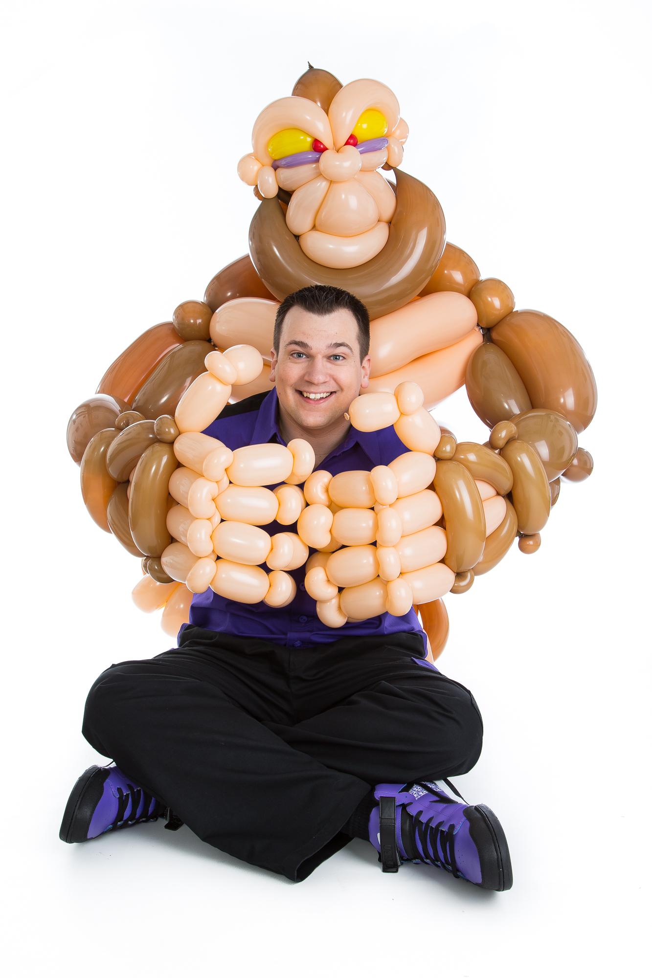 Wayne Wonder Balloon Artist Wonder Kids
