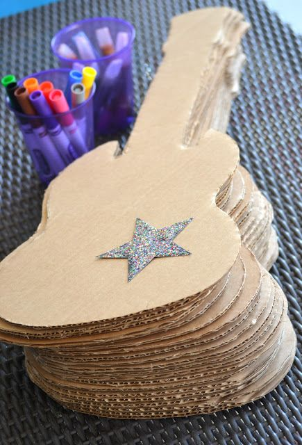 Decorate A Guitar