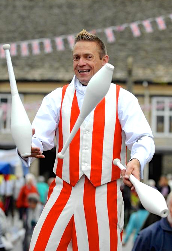 Thomas Trilby - Amazing Circus based performer, just click on the pic for his website.