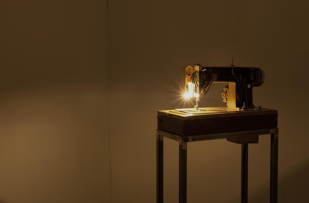 01-sewing-machine__1000.jpg