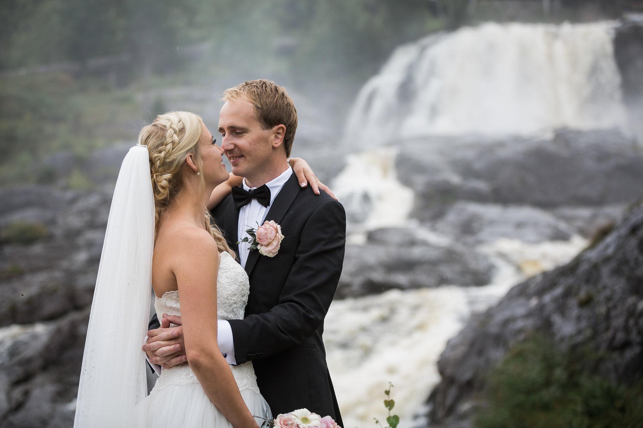 AL_1308_1185fotograf-bryllup-tyrifjorden.jpg