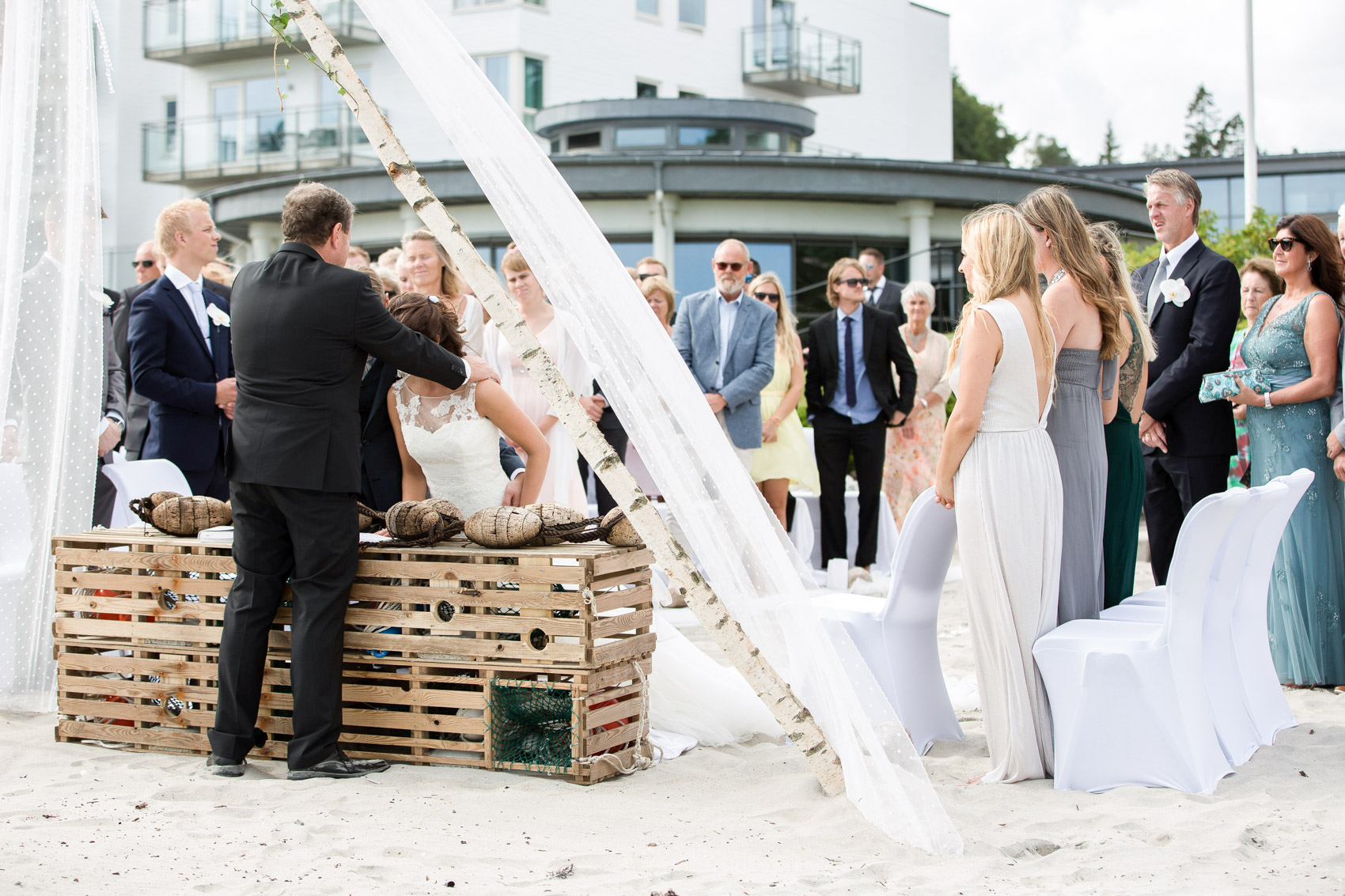 bryllupsfotograf_fevik_strand_hotel_grimstad_-19.jpg