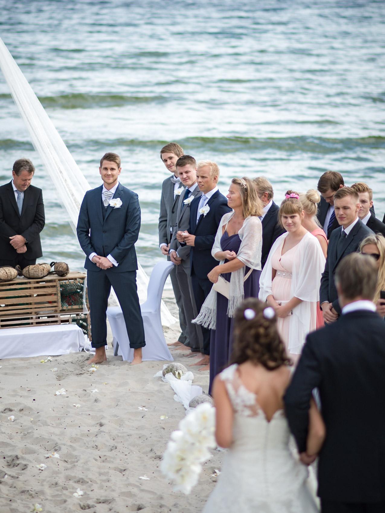 bryllupsfotograf_fevik_strand_hotel_grimstad_-31.jpg